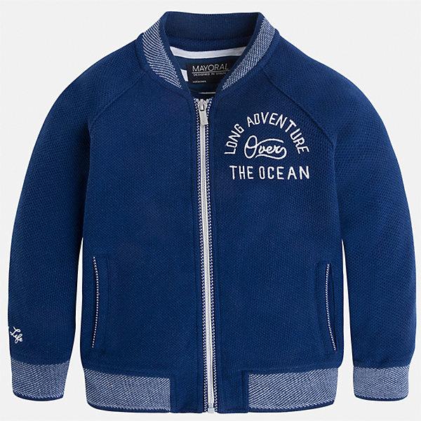 Толстовка для мальчика MayoralТолстовки<br>Характеристики товара:<br><br>• цвет: синий<br>• состав: 60% хлопок, 40% полиэстер<br>• температурный режим: от +20°до +10°С<br>• рукава длинные <br>• карманы<br>• пуговицы <br>• вышивка<br>• страна бренда: Испания<br><br>Теплая одежда может быть очень стильной! Удобная и красивая куртка для мальчика поможет разнообразить гардероб ребенка и обеспечить комфорт. Она отлично сочетается и с джинсами, и с брюками. Универсальный цвет позволяет подобрать к вещи низ различных расцветок. Интересная отделка модели делает её нарядной и оригинальной. В составе материала - натуральный хлопок, гипоаллергенный, приятный на ощупь, дышащий.<br><br>Одежда, обувь и аксессуары от испанского бренда Mayoral полюбились детям и взрослым по всему миру. Модели этой марки - стильные и удобные. Для их производства используются только безопасные, качественные материалы и фурнитура. Порадуйте ребенка модными и красивыми вещами от Mayoral! <br><br>Куртку для мальчика от испанского бренда Mayoral (Майорал) можно купить в нашем интернет-магазине.<br><br>Ширина мм: 356<br>Глубина мм: 10<br>Высота мм: 245<br>Вес г: 519<br>Цвет: синий<br>Возраст от месяцев: 18<br>Возраст до месяцев: 24<br>Пол: Мужской<br>Возраст: Детский<br>Размер: 92,134,104,98,110,116,122,128<br>SKU: 5280531