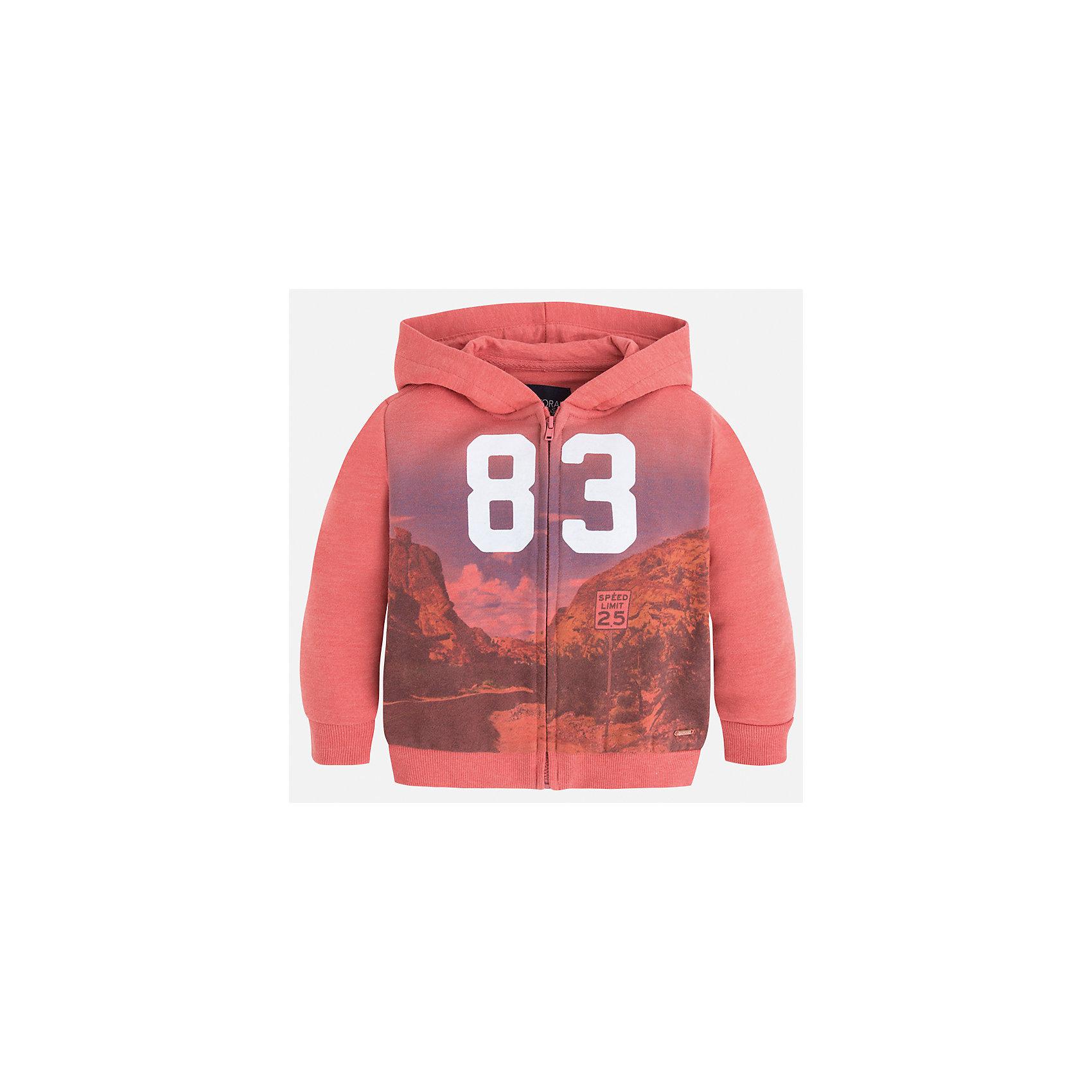 Куртка для мальчика MayoralХарактеристики товара:<br><br>• цвет: красный<br>• состав: 60% хлопок, 40% полиэстер<br>• декорирована принтом<br>• манжеты<br>• молния<br>• капюшон<br>• страна бренда: Испания<br><br>Легкая куртка для мальчика поможет разнообразить гардероб ребенка и обеспечить тепло в прохладную погоду. Она отлично сочетается и с джинсами, и с брюками. Универсальный цвет позволяет подобрать к вещи низ различных расцветок. Интересная отделка модели делает её нарядной и оригинальной. В составе материала - натуральный хлопок, гипоаллергенный, приятный на ощупь, дышащий.<br><br>Одежда, обувь и аксессуары от испанского бренда Mayoral полюбились детям и взрослым по всему миру. Модели этой марки - стильные и удобные. Для их производства используются только безопасные, качественные материалы и фурнитура. Порадуйте ребенка модными и красивыми вещами от Mayoral! <br><br>Куртку для мальчика от испанского бренда Mayoral (Майорал) можно купить в нашем интернет-магазине.<br><br>Ширина мм: 356<br>Глубина мм: 10<br>Высота мм: 245<br>Вес г: 519<br>Цвет: красный<br>Возраст от месяцев: 60<br>Возраст до месяцев: 72<br>Пол: Мужской<br>Возраст: Детский<br>Размер: 116,134,92,98,104,110,122,128<br>SKU: 5280585