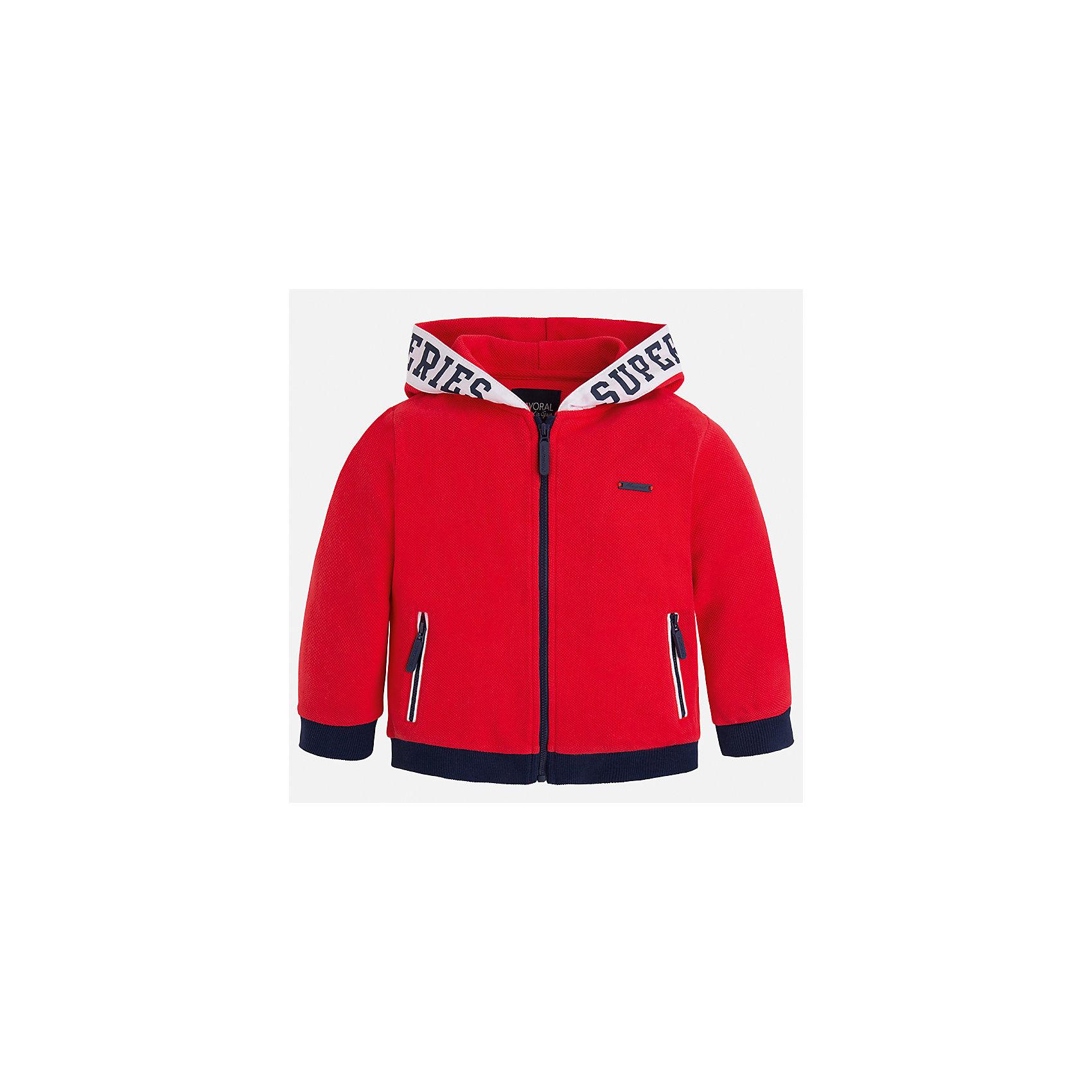 Толстовка для мальчика MayoralТолстовки<br>Характеристики товара:<br><br>• цвет: красный<br>• состав: 100% хлопок<br>• манжеты<br>• карманы<br>• молния<br>• капюшон<br>• страна бренда: Испания<br><br>Легкая куртка для мальчика поможет разнообразить гардероб ребенка и обеспечить тепло в прохладную погоду. Она отлично сочетается и с джинсами, и с брюками. Универсальный цвет позволяет подобрать к вещи низ различных расцветок. Интересная отделка модели делает её нарядной и оригинальной. В составе материала - только натуральный хлопок, гипоаллергенный, приятный на ощупь, дышащий.<br><br>Одежда, обувь и аксессуары от испанского бренда Mayoral полюбились детям и взрослым по всему миру. Модели этой марки - стильные и удобные. Для их производства используются только безопасные, качественные материалы и фурнитура. Порадуйте ребенка модными и красивыми вещами от Mayoral! <br><br>Куртку для мальчика от испанского бренда Mayoral (Майорал) можно купить в нашем интернет-магазине.<br><br>Ширина мм: 356<br>Глубина мм: 10<br>Высота мм: 245<br>Вес г: 519<br>Цвет: розовый<br>Возраст от месяцев: 84<br>Возраст до месяцев: 96<br>Пол: Мужской<br>Возраст: Детский<br>Размер: 128,116,110,92,104,98,122,134<br>SKU: 5280657