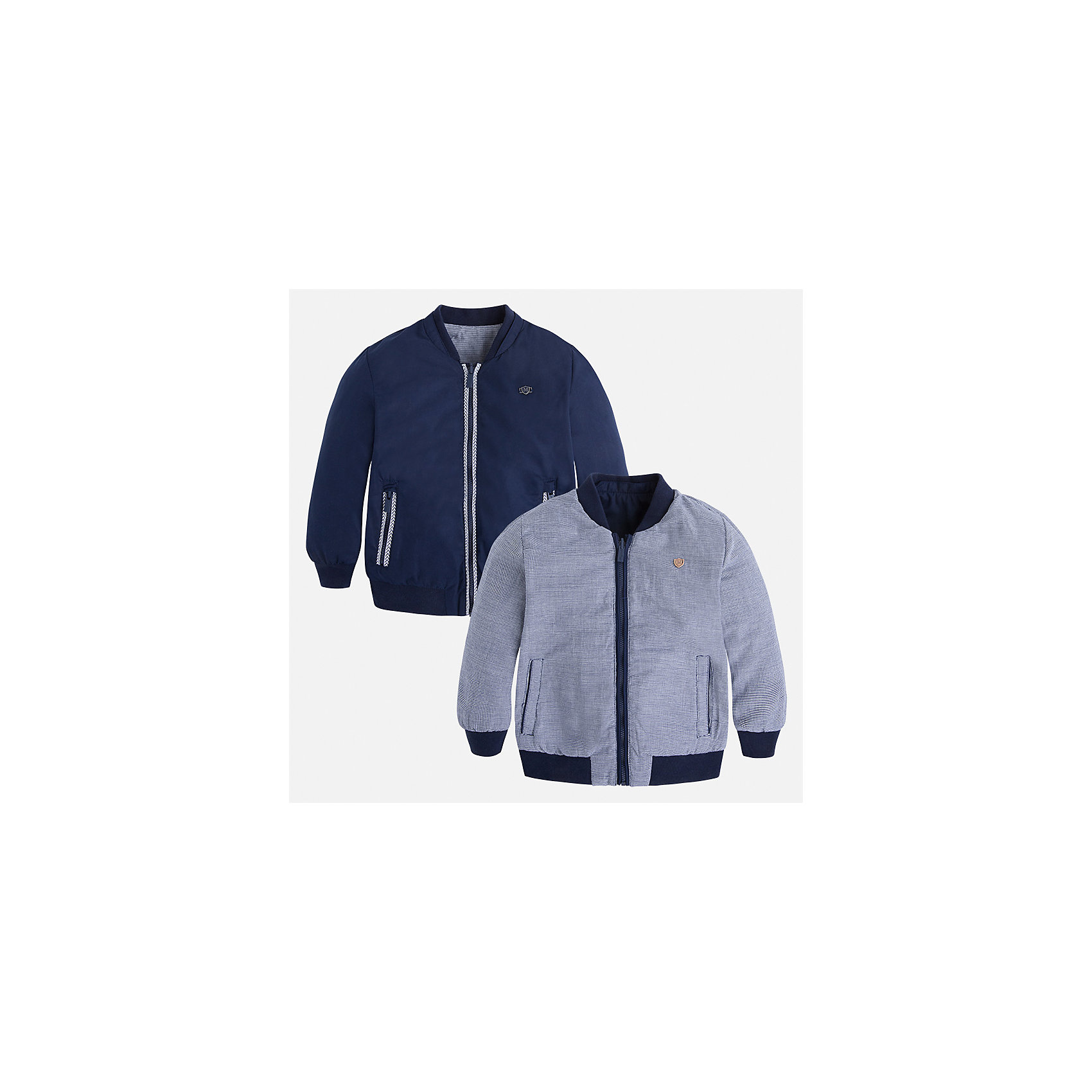 Ветровка двухсторонняя для мальчика MayoralВерхняя одежда<br>Характеристики товара:<br><br>• цвет: синий/серый<br>• состав: 100% полиэстер, подкладка - 100% хлопок<br>• температурный режим: от +20° до +10°С<br>• двусторонняя<br>• карманы<br>• молния<br>• манжеты<br>• страна бренда: Испания<br><br>Легкая куртка для мальчика поможет разнообразить гардероб ребенка и обеспечить тепло в прохладную погоду. Эта ветровка - два в одном: стоит её вывернуть - и появляется еще одна курточка другой расцветки. Она отлично сочетается и с джинсами, и с брюками. Универсальный цвет позволяет подобрать к вещи низ различных расцветок. Интересная отделка модели делает её нарядной и оригинальной. <br><br>Одежда, обувь и аксессуары от испанского бренда Mayoral полюбились детям и взрослым по всему миру. Модели этой марки - стильные и удобные. Для их производства используются только безопасные, качественные материалы и фурнитура. Порадуйте ребенка модными и красивыми вещами от Mayoral! <br><br>Ветровку для мальчика от испанского бренда Mayoral (Майорал) можно купить в нашем интернет-магазине.<br><br>Ширина мм: 356<br>Глубина мм: 10<br>Высота мм: 245<br>Вес г: 519<br>Цвет: синий<br>Возраст от месяцев: 84<br>Возраст до месяцев: 96<br>Пол: Мужской<br>Возраст: Детский<br>Размер: 128,134,116,104,92,122,98,110<br>SKU: 5280675