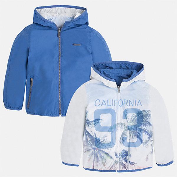 Ветровка двухсторонняя для мальчика MayoralВетровки и жакеты<br>Характеристики товара:<br><br>• цвет: белый/голубой<br>• состав: 100% полиэстер, подкладка - 100% полиэстер<br>• температурный режим: от +20° до +10°С<br>• двусторонняя<br>• карманы<br>• молния<br>• капюшон<br>• страна бренда: Испания<br><br>Легкая куртка для мальчика поможет разнообразить гардероб ребенка и обеспечить тепло в прохладную погоду. Эта ветровка - два в одном: стоит её вывернуть - и появляется еще одна курточка другой расцветки. Она отлично сочетается и с джинсами, и с брюками. Универсальный цвет позволяет подобрать к вещи низ различных расцветок. Интересная отделка модели делает её нарядной и оригинальной. <br><br>Одежда, обувь и аксессуары от испанского бренда Mayoral полюбились детям и взрослым по всему миру. Модели этой марки - стильные и удобные. Для их производства используются только безопасные, качественные материалы и фурнитура. Порадуйте ребенка модными и красивыми вещами от Mayoral! <br><br>Ветровку для мальчика от испанского бренда Mayoral (Майорал) можно купить в нашем интернет-магазине.<br><br>Ширина мм: 356<br>Глубина мм: 10<br>Высота мм: 245<br>Вес г: 519<br>Цвет: голубой<br>Возраст от месяцев: 84<br>Возраст до месяцев: 96<br>Пол: Мужской<br>Возраст: Детский<br>Размер: 128,92,98,104,110,122,134,116<br>SKU: 5280729