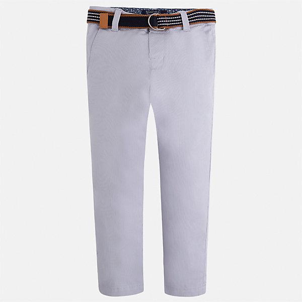 Брюки для мальчика MayoralБрюки<br>Характеристики товара:<br><br>• цвет: серый<br>• состав: 98% хлопок, 2% эластан<br>• контрастная подкладка<br>• шлевки<br>• карманы<br>• ремень в комплекте<br>• пояс с регулировкой объема<br>• классический силуэт<br>• страна бренда: Испания<br><br>Модные брюки для мальчика смогут стать базовой вещью в гардеробе ребенка. Они отлично сочетаются с майками, футболками, рубашками и т.д. Универсальный крой и цвет позволяет подобрать к вещи верх разных расцветок. Практичное и стильное изделие! В составе материала - натуральный хлопок, гипоаллергенный, приятный на ощупь, дышащий.<br><br>Брюки для мальчика от испанского бренда Mayoral (Майорал) можно купить в нашем интернет-магазине.<br><br>Ширина мм: 215<br>Глубина мм: 88<br>Высота мм: 191<br>Вес г: 336<br>Цвет: серый<br>Возраст от месяцев: 60<br>Возраст до месяцев: 72<br>Пол: Мужской<br>Возраст: Детский<br>Размер: 116,134,128,122,110,104,98,92<br>SKU: 5280792
