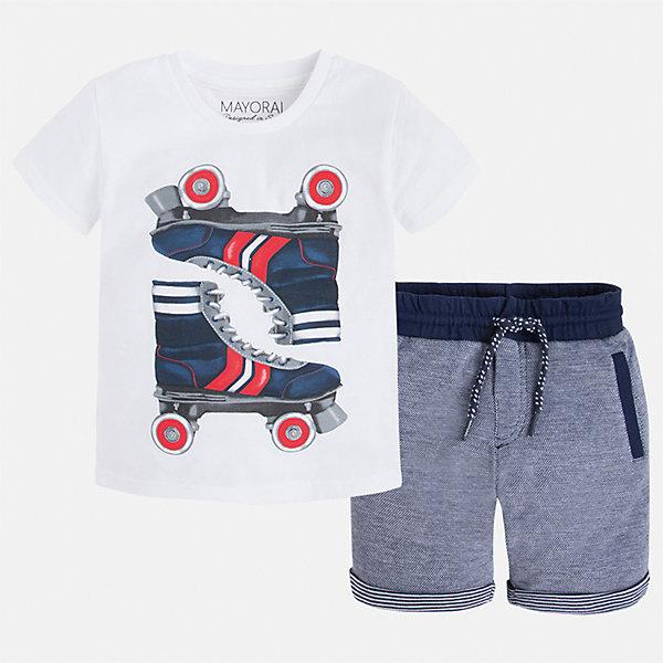 Комплект: бриджи и футболка для мальчика MayoralКомплекты<br>Характеристики товара:<br><br>• цвет: белый/серый<br>• состав: футболка- 100% хлопок; шорты - 56% хлопок, 44% полиэстер<br>• комплектация: шорты, футболка<br>• круглый горловой вырез<br>• декорирована принтом<br>• короткие рукава<br>• шорты - пояс со шнурком<br>• страна бренда: Испания<br><br>Стильная удобная футболка с принтом и шорты помогут разнообразить гардероб мальчика и удобно одеться. Универсальный цвет позволяет подобрать к вещам верхнюю одежду практически любой расцветки. Интересная отделка модели делает её нарядной и оригинальной. В составе материала - только натуральный хлопок, гипоаллергенный, приятный на ощупь, дышащий.<br><br>Одежда, обувь и аксессуары от испанского бренда Mayoral полюбились детям и взрослым по всему миру. Модели этой марки - стильные и удобные. Для их производства используются только безопасные, качественные материалы и фурнитура. Порадуйте ребенка модными и красивыми вещами от Mayoral! <br><br>Комплект для мальчика от испанского бренда Mayoral (Майорал) можно купить в нашем интернет-магазине.<br>Ширина мм: 191; Глубина мм: 10; Высота мм: 175; Вес г: 273; Цвет: белый; Возраст от месяцев: 18; Возраст до месяцев: 24; Пол: Мужской; Возраст: Детский; Размер: 92,128,110,98,134,122,116,104; SKU: 5280928;