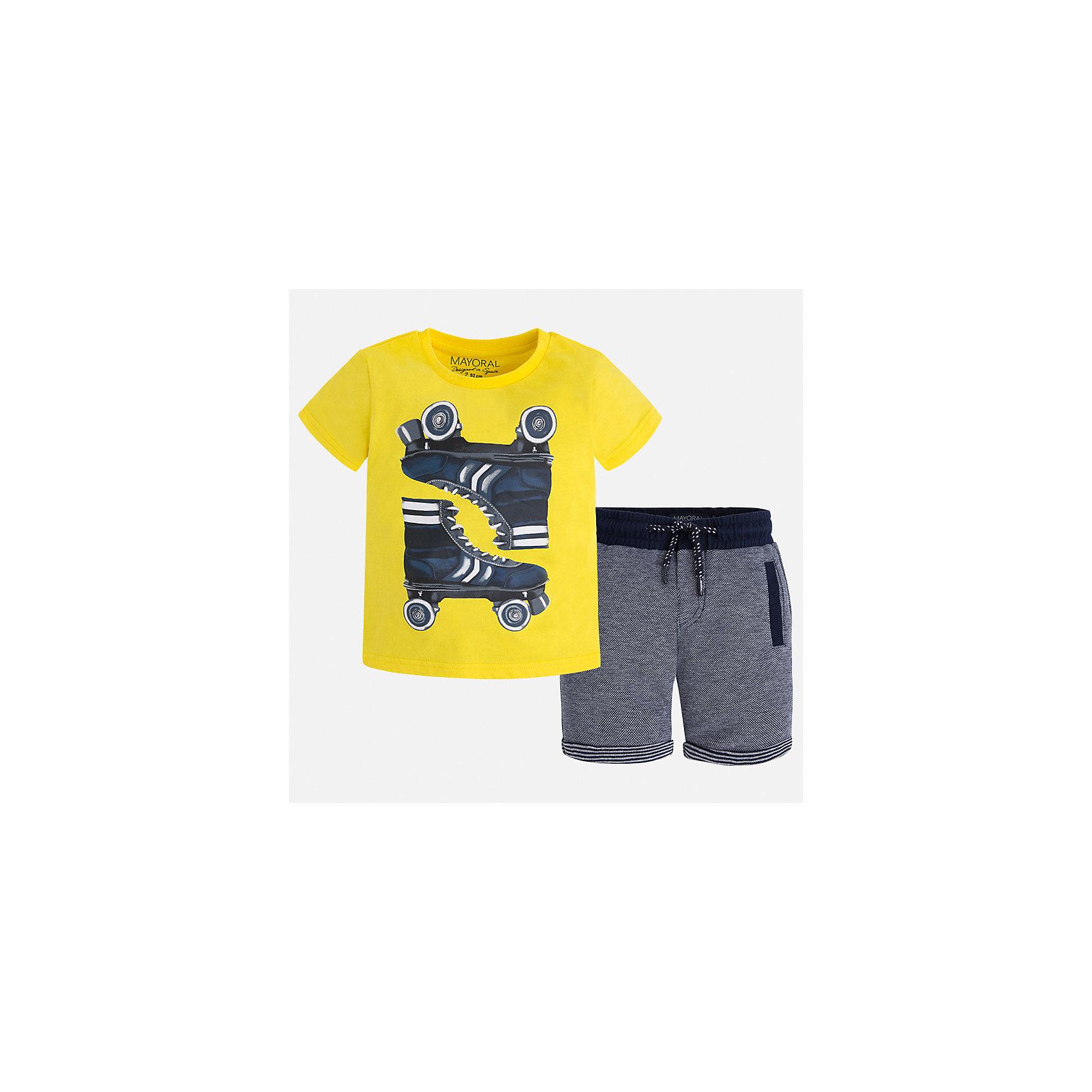 Комплект: футболка и шорты для мальчика MayoralКомплекты<br>Характеристики товара:<br><br>• цвет: жёлтый/синий<br>• состав: футболка - 100% хлопок, шорты: 56% хлопок, 44% полиэстер<br>• комплектация: шорты, футболка<br>• круглый горловой вырез<br>• декорирована принтом<br>• короткие рукава<br>• шорты - пояс со шнурком<br>• страна бренда: Испания<br><br>Стильная удобная футболка с принтом и шорты помогут разнообразить гардероб мальчика и удобно одеться. Универсальный цвет позволяет подобрать к вещам верхнюю одежду практически любой расцветки. Интересная отделка модели делает её нарядной и оригинальной. В составе материала - только натуральный хлопок, гипоаллергенный, приятный на ощупь, дышащий.<br><br>Одежда, обувь и аксессуары от испанского бренда Mayoral полюбились детям и взрослым по всему миру. Модели этой марки - стильные и удобные. Для их производства используются только безопасные, качественные материалы и фурнитура. Порадуйте ребенка модными и красивыми вещами от Mayoral! <br><br>Комплект для мальчика от испанского бренда Mayoral (Майорал) можно купить в нашем интернет-магазине.<br><br>Ширина мм: 191<br>Глубина мм: 10<br>Высота мм: 175<br>Вес г: 273<br>Цвет: желтый<br>Возраст от месяцев: 96<br>Возраст до месяцев: 108<br>Пол: Мужской<br>Возраст: Детский<br>Размер: 134,110,122,128,116,104,92,98<br>SKU: 5280937
