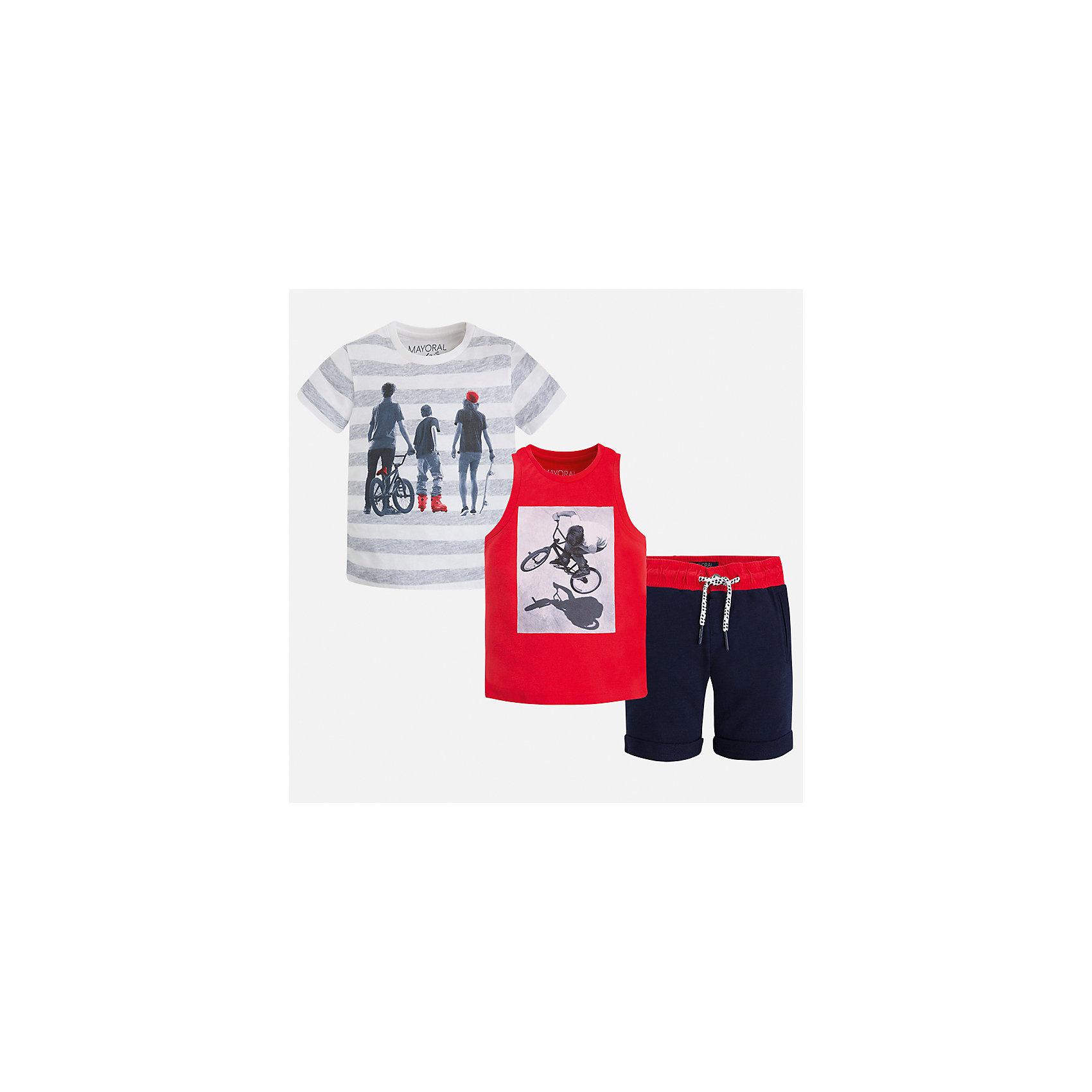 Комплект: футболка, майка и шорты для мальчика MayoralКомплекты<br>Характеристики товара:<br><br>• цвет: красный/синий/серый<br>• состав: 100% хлопок<br>• комплектация: шорты, футболка, майка<br>• круглый горловой вырез<br>• футболка декорированы принтом<br>• короткие рукава<br>• шорты - пояс со шнурком<br>• страна бренда: Испания<br><br>Стильная удобная футболка с принтом и шорты с майкой помогут разнообразить гардероб мальчика и удобно одеться. Универсальный цвет позволяет подобрать к вещам верхнюю одежду практически любой расцветки. Интересная отделка модели делает её нарядной и оригинальной. В составе материала - только натуральный хлопок, гипоаллергенный, приятный на ощупь, дышащий.<br><br>Одежда, обувь и аксессуары от испанского бренда Mayoral полюбились детям и взрослым по всему миру. Модели этой марки - стильные и удобные. Для их производства используются только безопасные, качественные материалы и фурнитура. Порадуйте ребенка модными и красивыми вещами от Mayoral! <br><br>Комплект для мальчика от испанского бренда Mayoral (Майорал) можно купить в нашем интернет-магазине.<br><br>Ширина мм: 157<br>Глубина мм: 13<br>Высота мм: 119<br>Вес г: 200<br>Цвет: розовый<br>Возраст от месяцев: 24<br>Возраст до месяцев: 36<br>Пол: Мужской<br>Возраст: Детский<br>Размер: 98,134,128,122,116,104,92,110<br>SKU: 5280964