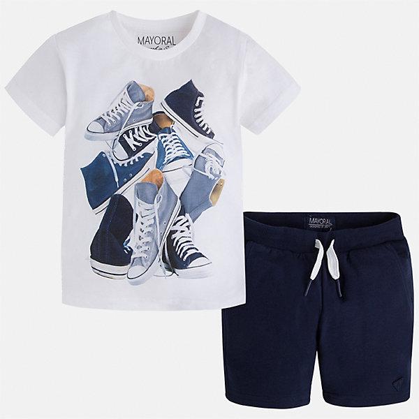 Комплект: футболка и шорты для мальчика MayoralКомплекты<br>Характеристики товара:<br><br>• цвет: белый/синий<br>• состав: футболка - 100% хлопок, шорты - 60% хлопок, 40% полиэстер<br>• комплектация: шорты, футболка<br>• круглый горловой вырез<br>• декорирована принтом<br>• короткие рукава<br>• шорты - пояс со шнурком<br>• страна бренда: Испания<br><br>Стильная удобная футболка с принтом и шорты помогут разнообразить гардероб мальчика и удобно одеться. Универсальный цвет позволяет подобрать к вещам верхнюю одежду практически любой расцветки. Интересная отделка модели делает её нарядной и оригинальной. В составе материала - только натуральный хлопок, гипоаллергенный, приятный на ощупь, дышащий.<br><br>Одежда, обувь и аксессуары от испанского бренда Mayoral полюбились детям и взрослым по всему миру. Модели этой марки - стильные и удобные. Для их производства используются только безопасные, качественные материалы и фурнитура. Порадуйте ребенка модными и красивыми вещами от Mayoral! <br><br>Комплект для мальчика от испанского бренда Mayoral (Майорал) можно купить в нашем интернет-магазине.<br><br>Ширина мм: 215<br>Глубина мм: 88<br>Высота мм: 191<br>Вес г: 336<br>Цвет: белый<br>Возраст от месяцев: 96<br>Возраст до месяцев: 108<br>Пол: Мужской<br>Возраст: Детский<br>Размер: 134,92,98,104,110,116,122,128<br>SKU: 5281000