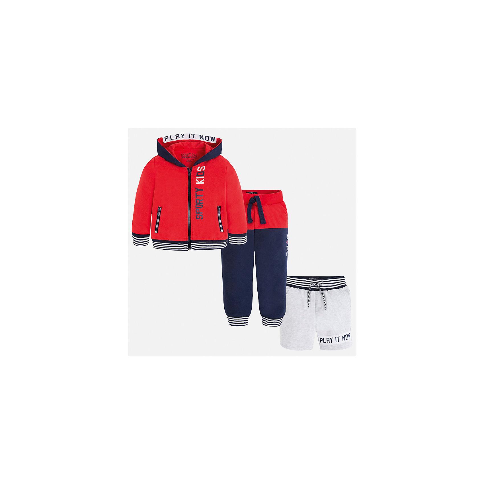 Спортивный костюм для мальчика MayoralКомплекты<br>Характеристики товара:<br><br>• цвет: красный/синий/серый<br>• состав: 60% хлопок, 40% полиэстер<br>• комплектация: курточка, штаны, шорты<br>• декорирован принтом<br>• карманы<br>• капюшон<br>• штаны, шорты - пояс на шнурке<br>• манжеты<br>• страна бренда: Испания<br><br>Стильный качественный спортивный костюм для мальчика поможет разнообразить гардероб ребенка и удобно одеться. Курточка, шорты и штаны отлично сочетаются с другими предметами. Универсальный цвет позволяет подобрать к вещам верхнюю одежду практически любой расцветки. Интересная отделка модели делает её нарядной и оригинальной. В составе материала - натуральный хлопок, гипоаллергенный, приятный на ощупь, дышащий.<br><br>Одежда, обувь и аксессуары от испанского бренда Mayoral полюбились детям и взрослым по всему миру. Модели этой марки - стильные и удобные. Для их производства используются только безопасные, качественные материалы и фурнитура. Порадуйте ребенка модными и красивыми вещами от Mayoral! <br><br>Спортивный костюм для мальчика от испанского бренда Mayoral (Майорал) можно купить в нашем интернет-магазине.<br><br>Ширина мм: 247<br>Глубина мм: 16<br>Высота мм: 140<br>Вес г: 225<br>Цвет: розовый<br>Возраст от месяцев: 18<br>Возраст до месяцев: 24<br>Пол: Мужской<br>Возраст: Детский<br>Размер: 92,134,128,122,116,110,104,98<br>SKU: 5281207