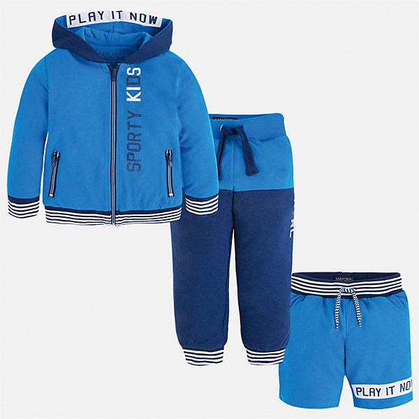 Спортивный костюм для мальчика MayoralКомплекты<br>Характеристики товара:<br><br>• цвет: голубой/синий<br>• состав: 60% хлопок, 40% полиэстер<br>• комплектация: курточка, штаны, шорты<br>• декорирован принтом<br>• карманы<br>• капюшон<br>• штаны, шорты - пояс на шнурке<br>• манжеты<br>• страна бренда: Испания<br><br>Стильный качественный спортивный костюм для мальчика поможет разнообразить гардероб ребенка и удобно одеться. Курточка, шорты и штаны отлично сочетаются с другими предметами. Универсальный цвет позволяет подобрать к вещам верхнюю одежду практически любой расцветки. Интересная отделка модели делает её нарядной и оригинальной. В составе материала - натуральный хлопок, гипоаллергенный, приятный на ощупь, дышащий.<br><br>Одежда, обувь и аксессуары от испанского бренда Mayoral полюбились детям и взрослым по всему миру. Модели этой марки - стильные и удобные. Для их производства используются только безопасные, качественные материалы и фурнитура. Порадуйте ребенка модными и красивыми вещами от Mayoral! <br><br>Спортивный костюм для мальчика от испанского бренда Mayoral (Майорал) можно купить в нашем интернет-магазине.<br><br>Ширина мм: 247<br>Глубина мм: 16<br>Высота мм: 140<br>Вес г: 225<br>Цвет: синий<br>Возраст от месяцев: 24<br>Возраст до месяцев: 36<br>Пол: Мужской<br>Возраст: Детский<br>Размер: 98,104,92,134,128,122,116,110<br>SKU: 5281216