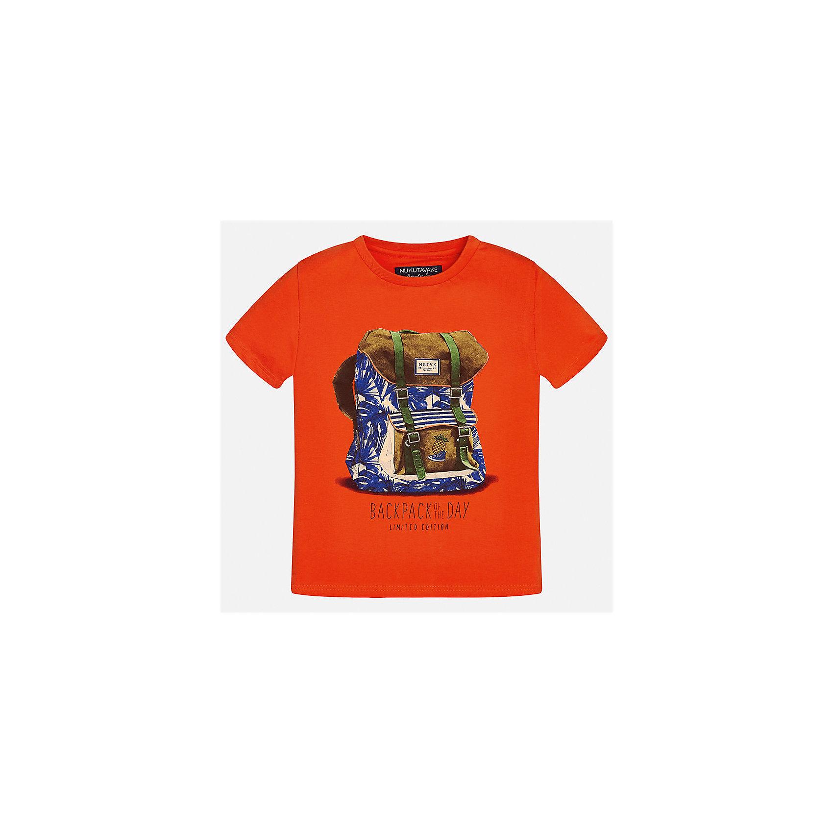 Футболка для мальчика MayoralХарактеристики товара:<br><br>• цвет: красный<br>• состав: 100% хлопок<br>• круглый горловой вырез<br>• декорирована принтом<br>• короткие рукава<br>• мягкая отделка горловины<br>• страна бренда: Испания<br><br>Стильная удобная футболка с принтом поможет разнообразить гардероб мальчика. Она отлично сочетается с брюками, шортами, джинсами. Универсальный крой и цвет позволяет подобрать к вещи низ разных расцветок. Практичное и стильное изделие! Хорошо смотрится и комфортно сидит на детях. В составе материала - только натуральный хлопок, гипоаллергенный, приятный на ощупь, дышащий. <br><br>Одежда, обувь и аксессуары от испанского бренда Mayoral полюбились детям и взрослым по всему миру. Модели этой марки - стильные и удобные. Для их производства используются только безопасные, качественные материалы и фурнитура. Порадуйте ребенка модными и красивыми вещами от Mayoral! <br><br>Футболку для мальчика от испанского бренда Mayoral (Майорал) можно купить в нашем интернет-магазине.<br><br>Ширина мм: 199<br>Глубина мм: 10<br>Высота мм: 161<br>Вес г: 151<br>Цвет: красный<br>Возраст от месяцев: 84<br>Возраст до месяцев: 96<br>Пол: Мужской<br>Возраст: Детский<br>Размер: 128/134,170,164,158,152,140<br>SKU: 5281309