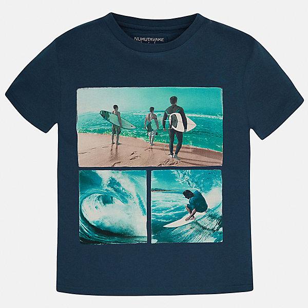 Футболка для мальчика MayoralЛови волну<br>Характеристики товара:<br><br>• цвет: синий<br>• состав: 100% хлопок<br>• круглый горловой вырез<br>• декорирована принтом<br>• короткие рукава<br>• мягкая отделка горловины<br>• страна бренда: Испания<br><br>Модная удобная футболка с принтом поможет разнообразить гардероб мальчика. Она отлично сочетается с брюками, шортами, джинсами. Универсальный крой и цвет позволяет подобрать к вещи низ разных расцветок. Практичное и стильное изделие! Хорошо смотрится и комфортно сидит на детях. В составе материала - только натуральный хлопок, гипоаллергенный, приятный на ощупь, дышащий. <br><br>Одежда, обувь и аксессуары от испанского бренда Mayoral полюбились детям и взрослым по всему миру. Модели этой марки - стильные и удобные. Для их производства используются только безопасные, качественные материалы и фурнитура. Порадуйте ребенка модными и красивыми вещами от Mayoral! <br><br>Футболку для мальчика от испанского бренда Mayoral (Майорал) можно купить в нашем интернет-магазине.<br><br>Ширина мм: 199<br>Глубина мм: 10<br>Высота мм: 161<br>Вес г: 151<br>Цвет: синий<br>Возраст от месяцев: 84<br>Возраст до месяцев: 96<br>Пол: Мужской<br>Возраст: Детский<br>Размер: 128/134,170,140,152,158,164<br>SKU: 5281337