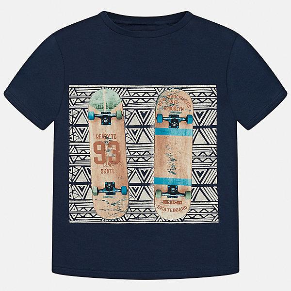 Футболка для мальчика MayoralФутболки, поло и топы<br>Характеристики товара:<br><br>• цвет: синий<br>• состав: 100% хлопок<br>• круглый горловой вырез<br>• декорирована принтом<br>• короткие рукава<br>• мягкая отделка горловины<br>• страна бренда: Испания<br><br>Стильная удобная футболка с принтом поможет разнообразить гардероб мальчика. Она отлично сочетается с брюками, шортами, джинсами. Универсальный крой и цвет позволяет подобрать к вещи низ разных расцветок. Практичное и стильное изделие! Хорошо смотрится и комфортно сидит на детях. В составе материала - только натуральный хлопок, гипоаллергенный, приятный на ощупь, дышащий. <br><br>Одежда, обувь и аксессуары от испанского бренда Mayoral полюбились детям и взрослым по всему миру. Модели этой марки - стильные и удобные. Для их производства используются только безопасные, качественные материалы и фурнитура. Порадуйте ребенка модными и красивыми вещами от Mayoral! <br><br>Футболку для мальчика от испанского бренда Mayoral (Майорал) можно купить в нашем интернет-магазине.<br>Ширина мм: 199; Глубина мм: 10; Высота мм: 161; Вес г: 151; Цвет: синий; Возраст от месяцев: 84; Возраст до месяцев: 96; Пол: Мужской; Возраст: Детский; Размер: 128/134,170,140,152,158,164; SKU: 5281423;