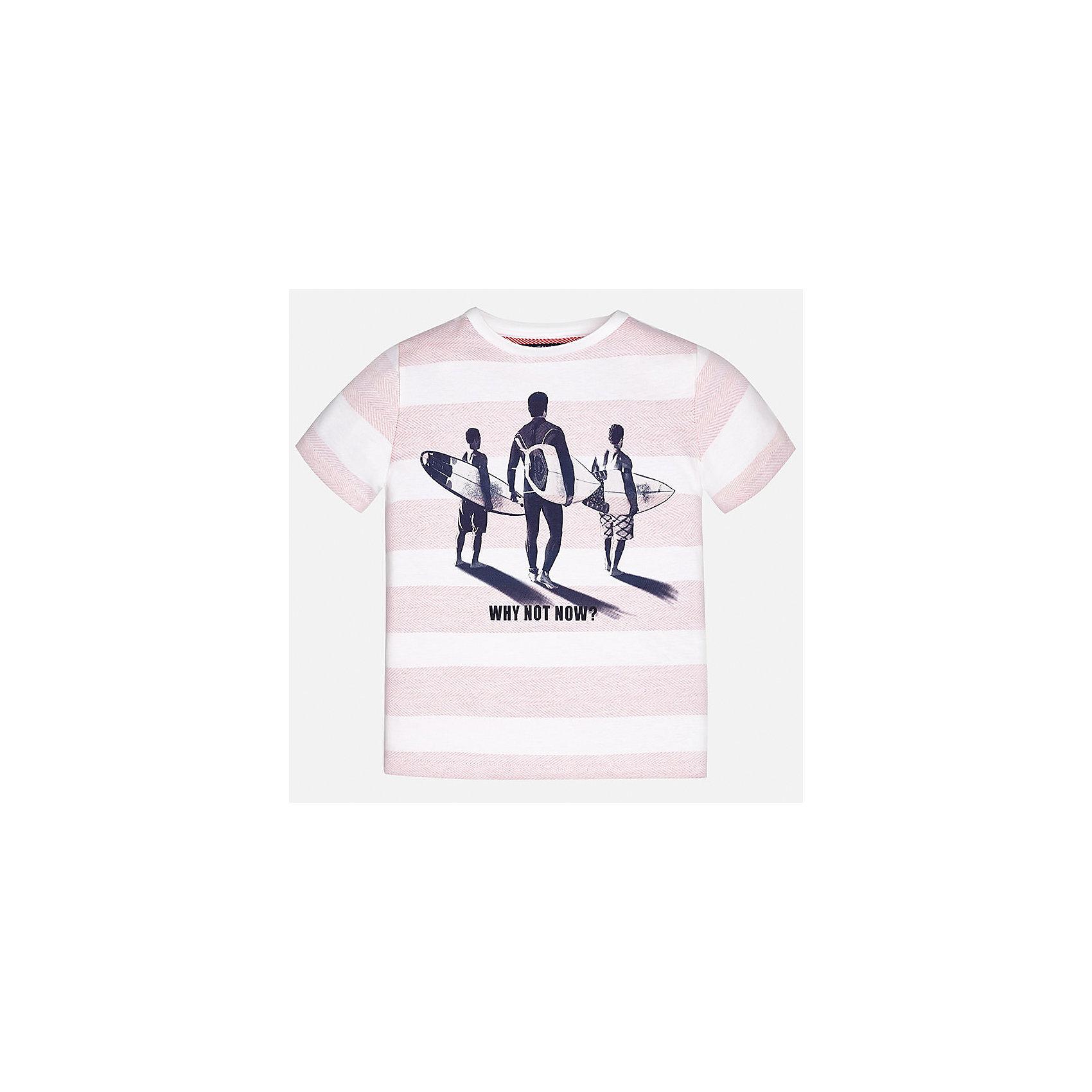 Футболка для мальчика MayoralФутболки, поло и топы<br>Характеристики товара:<br><br>• цвет: белый/розовый<br>• состав: 100% хлопок<br>• круглый горловой вырез<br>• декорирована принтом<br>• короткие рукава<br>• мягкая отделка горловины<br>• страна бренда: Испания<br><br>Стильная удобная футболка с принтом поможет разнообразить гардероб мальчика. Она отлично сочетается с брюками, шортами, джинсами. Универсальный крой и цвет позволяет подобрать к вещи низ разных расцветок. Практичное и стильное изделие! Хорошо смотрится и комфортно сидит на детях. В составе материала - только натуральный хлопок, гипоаллергенный, приятный на ощупь, дышащий. <br><br>Одежда, обувь и аксессуары от испанского бренда Mayoral полюбились детям и взрослым по всему миру. Модели этой марки - стильные и удобные. Для их производства используются только безопасные, качественные материалы и фурнитура. Порадуйте ребенка модными и красивыми вещами от Mayoral! <br><br>Футболку для мальчика от испанского бренда Mayoral (Майорал) можно купить в нашем интернет-магазине.<br><br>Ширина мм: 199<br>Глубина мм: 10<br>Высота мм: 161<br>Вес г: 151<br>Цвет: розовый<br>Возраст от месяцев: 84<br>Возраст до месяцев: 96<br>Пол: Мужской<br>Возраст: Детский<br>Размер: 128/134,164,158,152,170,140<br>SKU: 5281444