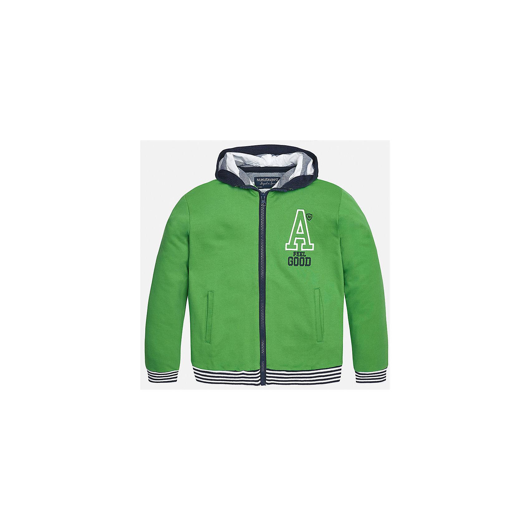 Толстовка для мальчика MayoralТолстовки<br>Характеристики товара:<br><br>• цвет: зеленый<br>• состав: 100% хлопок<br>• капюшон<br>• карманы<br>• застежка: молния<br>• вышивка<br>• страна бренда: Испания<br><br>Модная куртка для мальчика может стать базовой вещью в гардеробе ребенка. Она отлично сочетается с майками, футболками, рубашками и т.д. Универсальный крой и цвет позволяет подобрать к вещи низ разных расцветок. Практичное и стильное изделие! В составе материала - натуральный хлопок, гипоаллергенный, приятный на ощупь, дышащий.<br><br>Одежда, обувь и аксессуары от испанского бренда Mayoral полюбились детям и взрослым по всему миру. Модели этой марки - стильные и удобные. Для их производства используются только безопасные, качественные материалы и фурнитура. Порадуйте ребенка модными и красивыми вещами от Mayoral! <br><br>Куртку для мальчика от испанского бренда Mayoral (Майорал) можно купить в нашем интернет-магазине.<br><br>Ширина мм: 356<br>Глубина мм: 10<br>Высота мм: 245<br>Вес г: 519<br>Цвет: зеленый<br>Возраст от месяцев: 84<br>Возраст до месяцев: 96<br>Пол: Мужской<br>Возраст: Детский<br>Размер: 128/134,170,140,152,158,164<br>SKU: 5281916