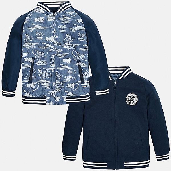 Куртка двухсторонняя для мальчика MayoralВерхняя одежда<br>Характеристики товара:<br><br>• цвет: синий/голубой<br>• состав: 100% полиэстер, подкладка - 60% хлопок, 40% полиэстер<br>• двусторонняя<br>• карманы<br>• молния<br>• манжеты<br>• страна бренда: Испания<br><br>Легкая куртка для мальчика поможет разнообразить гардероб ребенка и обеспечить тепло в прохладную погоду. Эта ветровка - два в одном: стоит её вывернуть - и появляется еще одна курточка другой расцветки. Она отлично сочетается и с джинсами, и с брюками. Универсальный цвет позволяет подобрать к вещи низ различных расцветок. Интересная отделка модели делает её нарядной и оригинальной. <br><br>Одежда, обувь и аксессуары от испанского бренда Mayoral полюбились детям и взрослым по всему миру. Модели этой марки - стильные и удобные. Для их производства используются только безопасные, качественные материалы и фурнитура. Порадуйте ребенка модными и красивыми вещами от Mayoral! <br><br>Куртку для мальчика от испанского бренда Mayoral (Майорал) можно купить в нашем интернет-магазине.<br>Ширина мм: 356; Глубина мм: 10; Высота мм: 245; Вес г: 519; Цвет: синий; Возраст от месяцев: 84; Возраст до месяцев: 96; Пол: Мужской; Возраст: Детский; Размер: 128/134,158,140,152; SKU: 5281930;