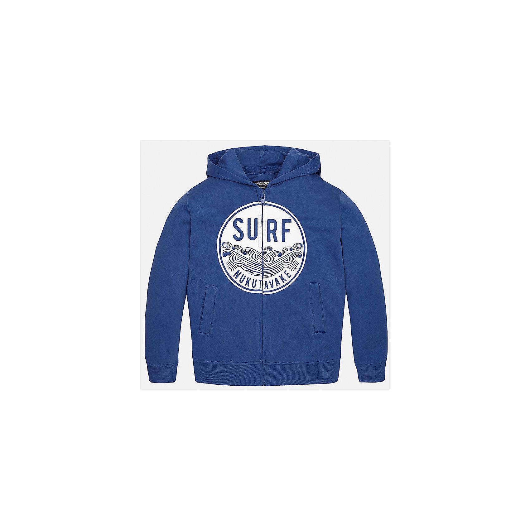 Толстовка для мальчика MayoralТолстовки<br>Характеристики товара:<br><br>• цвет: синий<br>• состав: 60% хлопок, 40% полиэстер<br>• капюшон<br>• карманы<br>• застежка: молния<br>• принт<br>• страна бренда: Испания<br><br>Модная куртка для мальчика может стать базовой вещью в гардеробе ребенка. Она отлично сочетается с майками, футболками, рубашками и т.д. Универсальный крой и цвет позволяет подобрать к вещи низ разных расцветок. Практичное и стильное изделие! В составе материала - натуральный хлопок, гипоаллергенный, приятный на ощупь, дышащий.<br><br>Одежда, обувь и аксессуары от испанского бренда Mayoral полюбились детям и взрослым по всему миру. Модели этой марки - стильные и удобные. Для их производства используются только безопасные, качественные материалы и фурнитура. Порадуйте ребенка модными и красивыми вещами от Mayoral! <br><br>Куртку для мальчика от испанского бренда Mayoral (Майорал) можно купить в нашем интернет-магазине.<br><br>Ширина мм: 356<br>Глубина мм: 10<br>Высота мм: 245<br>Вес г: 519<br>Цвет: синий<br>Возраст от месяцев: 84<br>Возраст до месяцев: 96<br>Пол: Мужской<br>Возраст: Детский<br>Размер: 128/134,158,164,152,140,170<br>SKU: 5281940