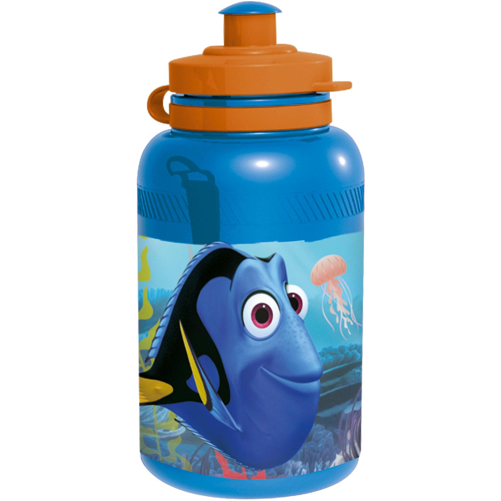 Бутылка пластиковая В поисках Дори 400 млБутылки для воды и бутербродницы<br>Характеристики товара:<br><br>• материал: пластик<br>• украшена рисунком<br>• размер: 6,5х6,5х15 см<br>• вес: 40 г<br>• объем: 400 мл<br>• страна бренда: Испания<br>• страна производства: Китай<br><br>Такая бутылка станет отличным подарком для ребенка! Она отличается тем, что на предмете изображены персонажи из мультфильма В поисках Дори. Есть или пить из предметов с любимым героем многих современных детей - всегда приятнее. Бутылочка очень удобна, объем оптимален для детей, сюда как раз вместится необходимый для одной тренировки объем воды. Плюс - изделие дополнено специальной крышкой. Использовать его можно и в школе, и на улице!<br>Бутылка выпущена в удобном формате, размер - универсальный. Изделие производится из качественных и проверенных материалов, которые безопасны для детей.<br><br>Бутылку пластиковую В поисках Дори 400 мл можно купить в нашем интернет-магазине.<br><br>Ширина мм: 65<br>Глубина мм: 65<br>Высота мм: 150<br>Вес г: 40<br>Возраст от месяцев: 36<br>Возраст до месяцев: 108<br>Пол: Унисекс<br>Возраст: Детский<br>SKU: 5282067
