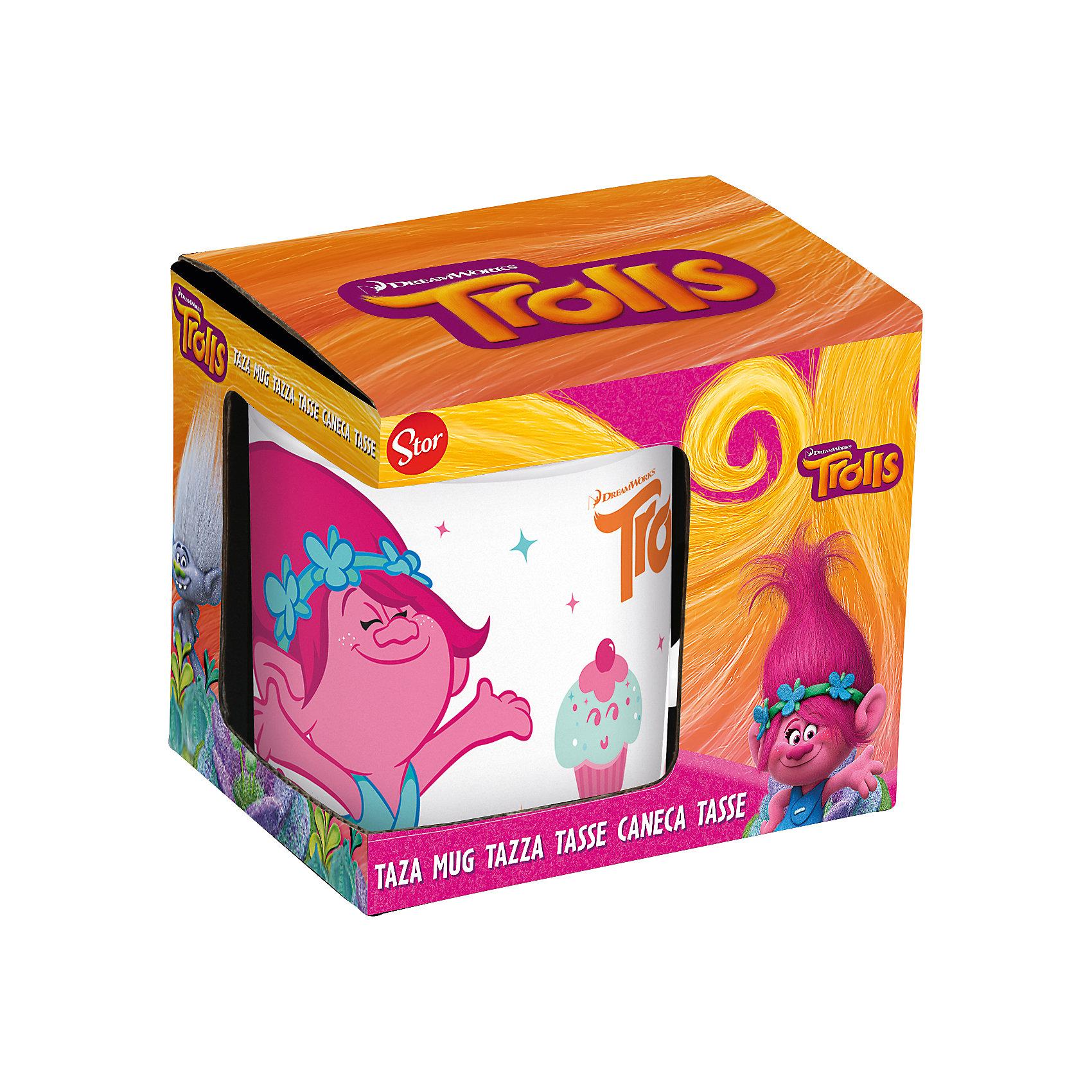 Кружка керамическая Тролли 325 мл в подарочной упаковкеХарактеристики товара:<br><br>• материал: керамика<br>• украшена рисунком<br>• размер: 12х9х10 см<br>• вес: 368 г<br>• объем: 325 мл<br>• подарочкая упаковка<br>• страна производства: Китай<br><br>Такая кружка станет отличным подарком для ребенка! Она отличается тем, что на предмете изображены персонажи из мультфильма Тролли. Есть или пить из предметов с любимым героем многих современных детей - всегда приятнее. Кружка очень удобна, объем оптимален для детей. Плюс - изделие упаковано в красивую подарочную коробку!<br>Кружка выпущена в удобном формате, размер - универсальный. Изделие производится из качественных и проверенных материалов, которые безопасны для детей.<br><br>Кружку керамическую Тролли 325 мл в подарочной упаковке можно купить в нашем интернет-магазине.<br><br>Ширина мм: 117<br>Глубина мм: 87<br>Высота мм: 100<br>Вес г: 368<br>Возраст от месяцев: 36<br>Возраст до месяцев: 108<br>Пол: Женский<br>Возраст: Детский<br>SKU: 5282078