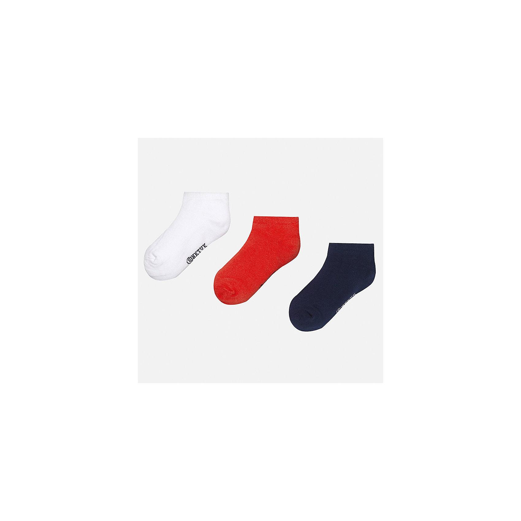 Носки (3 пары) для мальчика MayoralХарактеристики товара:<br><br>• цвет: белый/красный/синий<br>• состав: 72% хлопок, 25% полиамид, 3% эластан<br>• комплектация: три пары<br>• мягкая резинка<br>• эластичный материал<br>• однотонные<br>• страна бренда: Испания<br><br>Удобные симпатичные носки для мальчика помогут обеспечить ребенку комфорт и дополнить наряд. Универсальный цвет позволяет надевать их под обувь разных расцветок. Носки удобно сидят на ноге и аккуратно смотрятся. Этот комплект - практичный и красивый! В составе материала - натуральный хлопок, гипоаллергенный, приятный на ощупь, дышащий. <br><br>Одежда, обувь и аксессуары от испанского бренда Mayoral полюбились детям и взрослым по всему миру. Модели этой марки - стильные и удобные. Для их производства используются только безопасные, качественные материалы и фурнитура. Порадуйте ребенка модными и красивыми вещами от Mayoral! <br><br>Носки (3 пары) для мальчика от испанского бренда Mayoral (Майорал) можно купить в нашем интернет-магазине.<br><br>Ширина мм: 87<br>Глубина мм: 10<br>Высота мм: 105<br>Вес г: 115<br>Цвет: розовый<br>Возраст от месяцев: 72<br>Возраст до месяцев: 192<br>Пол: Мужской<br>Возраст: Детский<br>Размер: 8,16,14,12,10<br>SKU: 5282127