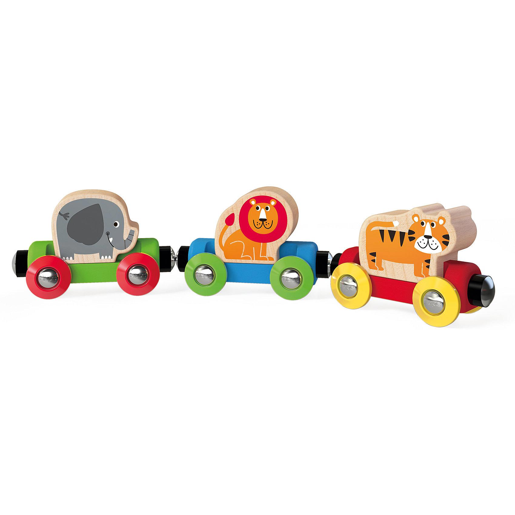 Развивающий набор Веселые животные, HapeРазвивающие игрушки<br>Развивающий набор Веселые животные, Hape (Хейп).<br><br>Характеристики:<br><br>- Материал: древесина<br>- Размер игрушки: 23х3,3х5 см.<br><br>Развивающий набор Веселые животные является отличным подарком, как для девочек, так и для мальчиков. Он изготовлен из экологически чистых пород дерева и имеет прекрасную полировку. Набор состоит из трех вагончиков, которые крепятся друг к другу магнитными элементами, расположенными в передней и задней частях, что позволяет легко и быстро отсоединять их, и комбинировать в ходе игры. Поезд спешит доставить в джунгли своих пассажиров: льва, тигра и слона. Каждая из этих фигурок съемная и малыш может играть с ними отдельно. Вагончиками также можно дополнить развивающий набор Железная дорога (E3800). Игрушка имеет идеальный размер для маленьких ручек, чтобы ребенку было максимально комфортно играть с ней. Играя с набором Веселые животные, ваш малыш будет развивать мелкую моторику, воображение и цветовосприятие.<br><br>Развивающий набор Веселые животные, Hape (Хейп) можно купить в нашем интернет-магазине.<br><br>Ширина мм: 33<br>Глубина мм: 230<br>Высота мм: 50<br>Вес г: 140<br>Возраст от месяцев: 18<br>Возраст до месяцев: 48<br>Пол: Унисекс<br>Возраст: Детский<br>SKU: 5283593