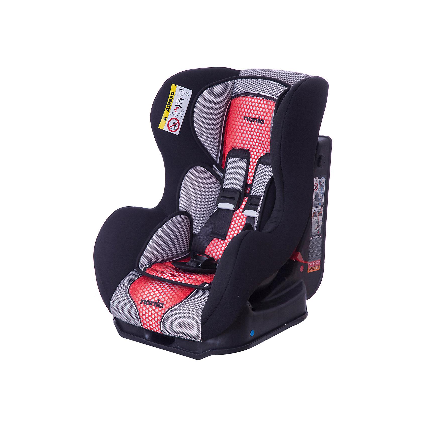 Автокресло Cosmo SP FST 0-18 кг., Nania, pop redХарактеристики Nania Cosmo SP FST:<br><br>• группа 0+/1;<br>• вес ребенка: до 18 кг;<br>• возраст ребенка: от рождения до 4-х лет;<br>• способ установки: против хода (до 9 кг) и по ходу движения автомобиля (9-18кг);<br>• способ крепления: штатными ремнями безопасности автомобиля;<br>• 5-ти точечные ремни безопасности с мягкими накладками;<br>• угол наклона спинки регулируется: 3 положения;<br>• анатомический вкладыш для новорожденного, подголовник;<br>• дополнительная защита от боковых ударов, система SP (side protection);<br>• съемные чехлы, стирка при температуре 30 градусов;<br>• материал: пластик, полиэстер;<br>• стандарт безопасности: ЕСЕ R44/03.<br><br>Размер автокресла: 54х45х61 см<br>Размер сиденья: 33х31 см<br>Высота спинки: 55 см<br>Вес автокресла: 5,7 кг<br><br>Автокресло Nania Cosmo SP FST устанавливается как по ходу движения, так и против хода движения автомобиля, как на заднем сиденье автомобиля, так и на переднем сиденье автомобиля (с условием отключения подушки безопасности). Регулируемая спинка дает возможность малышу занять удобное положение, как во время сна, так и во время бодрствования. Автокресло соответствует всем стандартам безопасности. <br><br>Автокресло Cosmo SP FST 0-18 кг., Nania, pop red можно купить в нашем интернет-магазине.<br><br>Ширина мм: 660<br>Глубина мм: 455<br>Высота мм: 805<br>Вес г: 14910<br>Возраст от месяцев: 0<br>Возраст до месяцев: 48<br>Пол: Унисекс<br>Возраст: Детский<br>SKU: 5287291