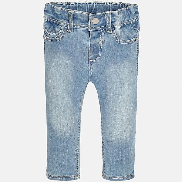 Джинсы для девочки MayoralДжинсовая одежда<br>Характеристики товара:<br><br>• цвет: голубой<br>• состав: 81% хлопок, 17% полиэстер, 2% эластан<br>• эффект потертости<br>• карманы<br>• пояс с регулировкой объема<br>• шлевки<br>• страна бренда: Испания<br><br>Стильные джинсы для девочки смогут разнообразить гардероб ребенка и украсить наряд. Они отлично сочетаются с майками, футболками, блузками. Красивый оттенок позволяет подобрать к вещи верх разных расцветок. Интересный крой модели делает её нарядной и оригинальной. В составе материала - натуральный хлопок, гипоаллергенный, приятный на ощупь, дышащий.<br><br>Одежда, обувь и аксессуары от испанского бренда Mayoral полюбились детям и взрослым по всему миру. Модели этой марки - стильные и удобные. Для их производства используются только безопасные, качественные материалы и фурнитура. Порадуйте ребенка модными и красивыми вещами от Mayoral! <br><br>Джинсы для девочки от испанского бренда Mayoral (Майорал) можно купить в нашем интернет-магазине.<br><br>Ширина мм: 215<br>Глубина мм: 88<br>Высота мм: 191<br>Вес г: 336<br>Цвет: синий<br>Возраст от месяцев: 12<br>Возраст до месяцев: 18<br>Пол: Женский<br>Возраст: Детский<br>Размер: 86,92,74,80<br>SKU: 5288483