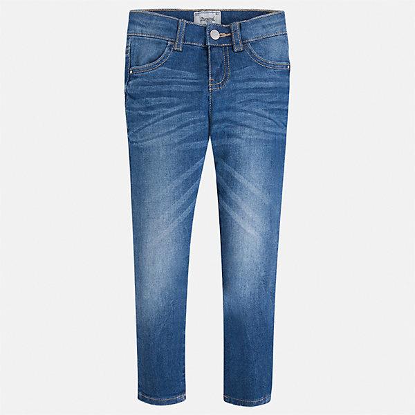 Джинсы для девочки MayoralДжинсовая одежда<br>Характеристики товара:<br><br>• цвет: синий<br>• состав: 98% хлопок, 2% эластан<br>• эффект потертости<br>• карманы<br>• пояс с регулировкой объема<br>• шлевки<br>• страна бренда: Испания<br><br>Стильные джинсы для девочки смогут разнообразить гардероб ребенка и украсить наряд. Они отлично сочетаются с майками, футболками, блузками. Красивый оттенок позволяет подобрать к вещи верх разных расцветок. Интересный крой модели делает её нарядной и оригинальной. В составе материала - натуральный хлопок, гипоаллергенный, приятный на ощупь, дышащий.<br><br>Одежда, обувь и аксессуары от испанского бренда Mayoral полюбились детям и взрослым по всему миру. Модели этой марки - стильные и удобные. Для их производства используются только безопасные, качественные материалы и фурнитура. Порадуйте ребенка модными и красивыми вещами от Mayoral! <br><br>Джинсы для девочки от испанского бренда Mayoral (Майорал) можно купить в нашем интернет-магазине.<br><br>Ширина мм: 215<br>Глубина мм: 88<br>Высота мм: 191<br>Вес г: 336<br>Цвет: синий<br>Возраст от месяцев: 18<br>Возраст до месяцев: 24<br>Пол: Женский<br>Возраст: Детский<br>Размер: 104,98,134,128,122,116,110,92<br>SKU: 5288488