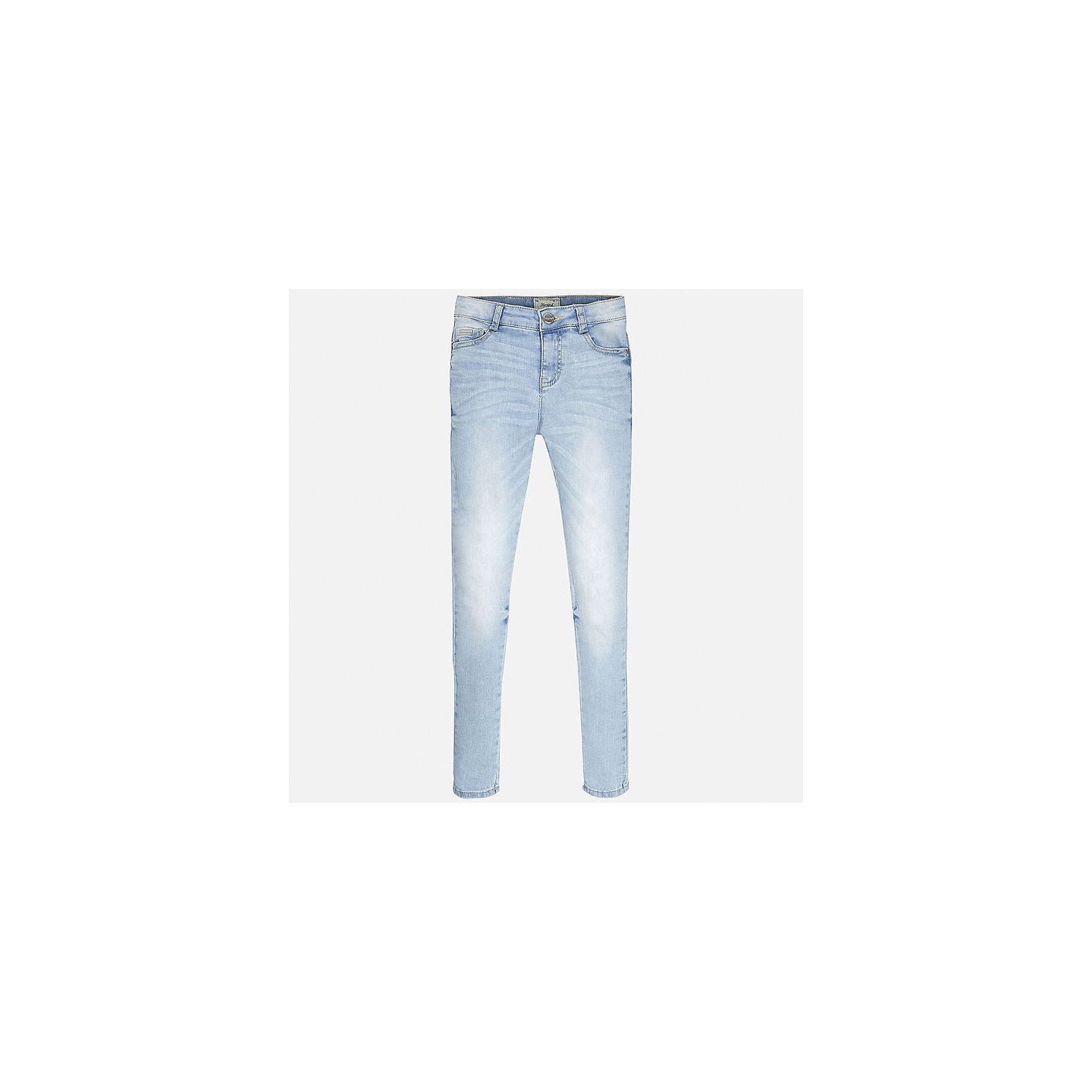 Джинсы для девочки MayoralДжинсы<br>Характеристики товара:<br><br>• цвет: голубой<br>• состав: 98% хлопок, 2% эластан<br>• эффект потертости<br>• карманы<br>• пояс с регулировкой объема<br>• шлевки<br>• страна бренда: Испания<br><br>Стильные джинсы для девочки смогут разнообразить гардероб ребенка и украсить наряд. Они отлично сочетаются с майками, футболками, блузками. Красивый оттенок позволяет подобрать к вещи верх разных расцветок. Интересный крой модели делает её нарядной и оригинальной. В составе материала - натуральный хлопок, гипоаллергенный, приятный на ощупь, дышащий.<br><br>Одежда, обувь и аксессуары от испанского бренда Mayoral полюбились детям и взрослым по всему миру. Модели этой марки - стильные и удобные. Для их производства используются только безопасные, качественные материалы и фурнитура. Порадуйте ребенка модными и красивыми вещами от Mayoral! <br><br>Джинсы для девочки от испанского бренда Mayoral (Майорал) можно купить в нашем интернет-магазине.<br><br>Ширина мм: 215<br>Глубина мм: 88<br>Высота мм: 191<br>Вес г: 336<br>Цвет: голубой<br>Возраст от месяцев: 84<br>Возраст до месяцев: 96<br>Пол: Женский<br>Возраст: Детский<br>Размер: 158,164,128/134,170,140,152<br>SKU: 5288513