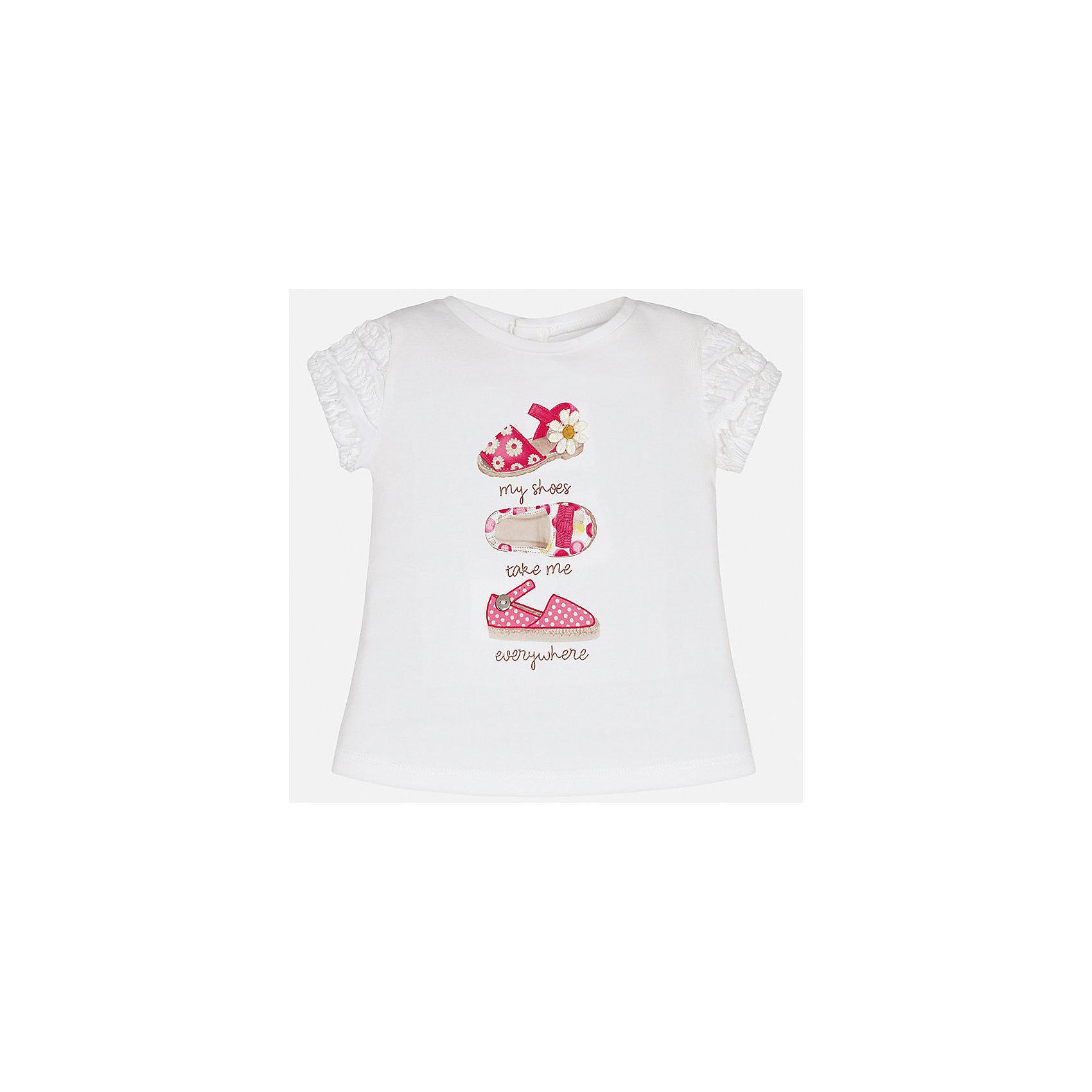 Футболка для девочки MayoralХарактеристики товара:<br><br>• цвет: белый<br>• состав: 92% хлопок, 8% эластан<br>• оборки на рукавах<br>• сзади кнопки<br>• короткие рукава<br>• принт<br>• страна бренда: Испания<br><br>Стильная качественная футболка для девочки поможет разнообразить гардероб ребенка и украсить наряд. Она отлично сочетается и с юбками, и с шортами, и с брюками. Универсальный цвет позволяет подобрать к вещи низ практически любой расцветки. Интересная отделка модели делает её нарядной и оригинальной. В составе ткани преобладает натуральный хлопок, гипоаллергенный, приятный на ощупь, дышащий.<br><br>Одежда, обувь и аксессуары от испанского бренда Mayoral полюбились детям и взрослым по всему миру. Модели этой марки - стильные и удобные. Для их производства используются только безопасные, качественные материалы и фурнитура. Порадуйте ребенка модными и красивыми вещами от Mayoral! <br><br>Футболку для девочки от испанского бренда Mayoral (Майорал) можно купить в нашем интернет-магазине.<br><br>Ширина мм: 199<br>Глубина мм: 10<br>Высота мм: 161<br>Вес г: 151<br>Цвет: розовый<br>Возраст от месяцев: 6<br>Возраст до месяцев: 9<br>Пол: Женский<br>Возраст: Детский<br>Размер: 74,92,80,86<br>SKU: 5288781