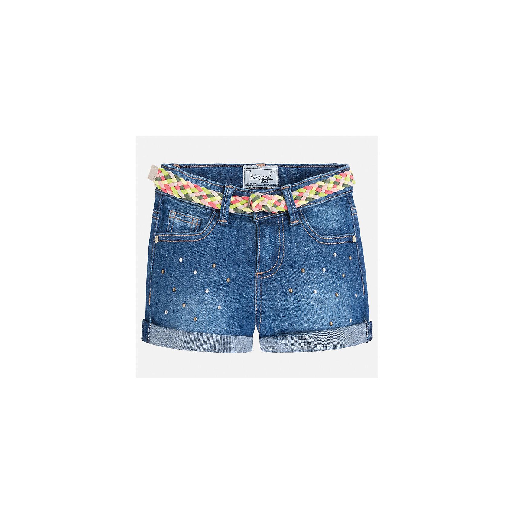 Шорты джинсовые для девочки MayoralШорты, бриджи, капри<br>Характеристики товара:<br><br>• цвет: синий<br>• состав: 99% хлопок, 1% эластан<br>• легкий материал<br>• с подкладкой<br>• пояс на резинке<br>• украшены бантиком<br>• страна бренда: Испания<br><br>Модные легкие шорты для девочки смогут разнообразить гардероб ребенка и украсить наряд. Они отлично сочетаются с майками, футболками, блузками.Интересный крой модели делает её нарядной и оригинальной. <br><br>Шорты для девочки от испанского бренда Mayoral (Майорал) можно купить в нашем интернет-магазине.<br><br>Ширина мм: 191<br>Глубина мм: 10<br>Высота мм: 175<br>Вес г: 273<br>Цвет: синий<br>Возраст от месяцев: 96<br>Возраст до месяцев: 108<br>Пол: Женский<br>Возраст: Детский<br>Размер: 134,98,104,110,116,122,128<br>SKU: 5289651