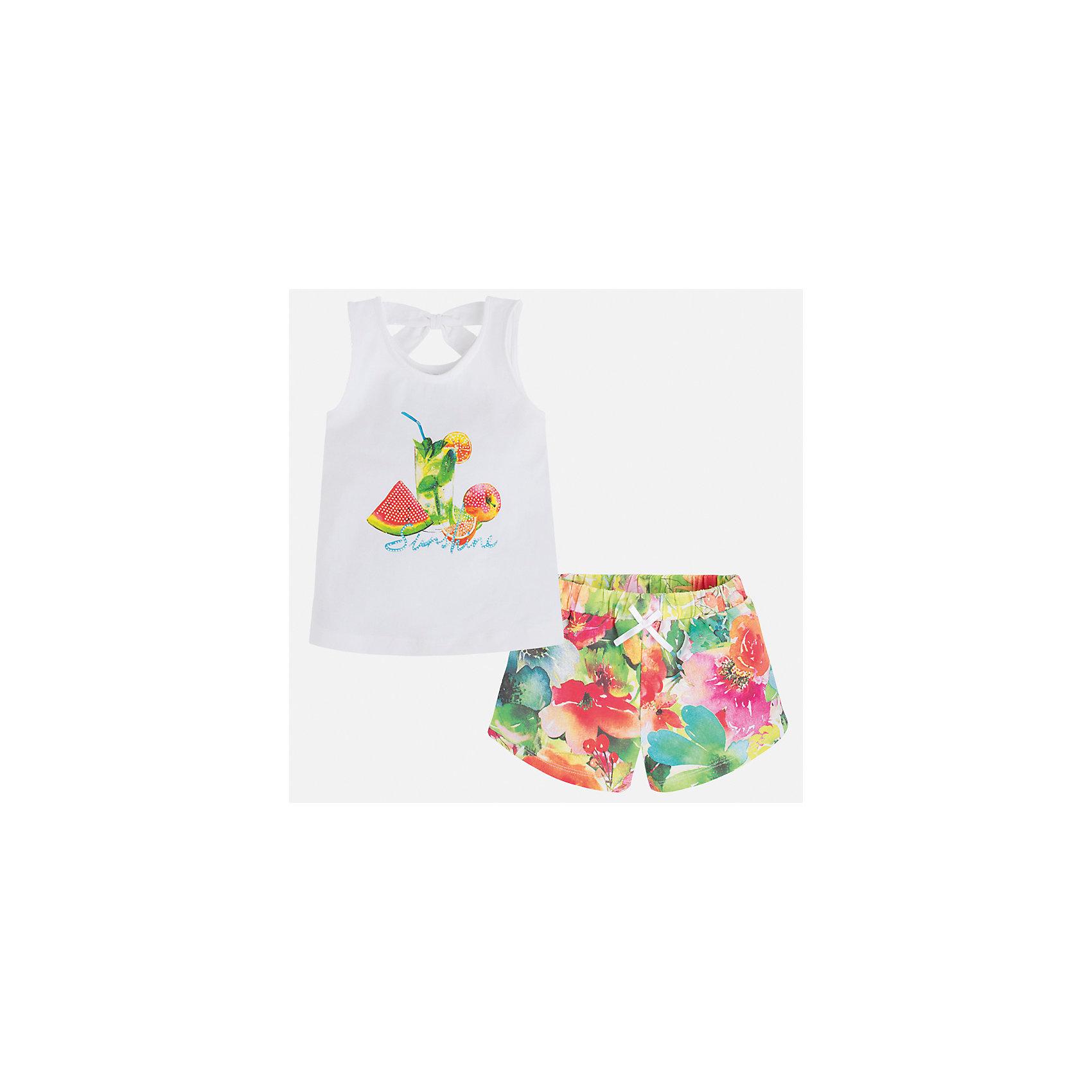 Комплект: футболка и шорты для девочки MayoralВесенняя капель<br>Характеристики товара:<br><br>• цвет: белый/мультиколор<br>• состав: 92% хлопок, 8% эластан<br>• комплектация: майка, шорты<br>• майка декорирована принтом<br>• шорты из материала с принтом<br>• пояс на резинке<br>• страна бренда: Испания<br><br>Стильный качественный комплект для девочки поможет разнообразить гардероб ребенка и удобно одеться в теплую погоду. Он отлично сочетается с другими предметами. Универсальный цвет позволяет подобрать к вещам верхнюю одежду практически любой расцветки. Интересная отделка модели делает её нарядной и оригинальной. В составе материала - натуральный хлопок, гипоаллергенный, приятный на ощупь, дышащий.<br><br>Одежда, обувь и аксессуары от испанского бренда Mayoral полюбились детям и взрослым по всему миру. Модели этой марки - стильные и удобные. Для их производства используются только безопасные, качественные материалы и фурнитура. Порадуйте ребенка модными и красивыми вещами от Mayoral! <br><br>Комплект для девочки от испанского бренда Mayoral (Майорал) можно купить в нашем интернет-магазине.<br><br>Ширина мм: 191<br>Глубина мм: 10<br>Высота мм: 175<br>Вес г: 273<br>Цвет: зеленый<br>Возраст от месяцев: 96<br>Возраст до месяцев: 108<br>Пол: Женский<br>Возраст: Детский<br>Размер: 134,92,98,104,110,116,122,128<br>SKU: 5289893