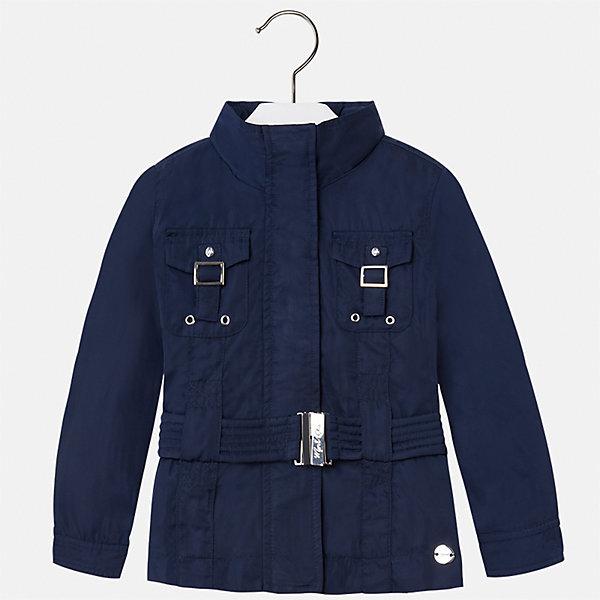 Ветровка для девочки MayoralВерхняя одежда<br>Характеристики товара:<br><br>• цвет: тёмно-синий<br>• состав: 100% полиэстер, подкладка - 100% полиэстер<br>• температурный режим: +10°до +20°С<br>• планка от ветра<br>• с длинными рукавами <br>• карманы<br>• пояс в комплекте<br>• страна бренда: Испания<br><br>Стильная легкая ветровка для девочки поможет разнообразить гардероб ребенка и украсить наряд. Она отлично сочетается и с юбками, и с брюками. Красивый универсальный цвет позволяет подобрать к вещи низ различных расцветок. Интересная отделка модели делает её нарядной и стильной. Оригинальная и модная ветровка идеальна для прохладной погоды.<br><br>Одежда, обувь и аксессуары от испанского бренда Mayoral полюбились детям и взрослым по всему миру. Модели этой марки - стильные и удобные. Для их производства используются только безопасные, качественные материалы и фурнитура. Порадуйте ребенка модными и красивыми вещами от Mayoral! <br><br>Ветровку для девочки от испанского бренда Mayoral (Майорал) можно купить в нашем интернет-магазине.<br><br>Ширина мм: 356<br>Глубина мм: 10<br>Высота мм: 245<br>Вес г: 519<br>Цвет: синий<br>Возраст от месяцев: 96<br>Возраст до месяцев: 108<br>Пол: Женский<br>Возраст: Детский<br>Размер: 134,92,98,104,110,116,122,128<br>SKU: 5290242