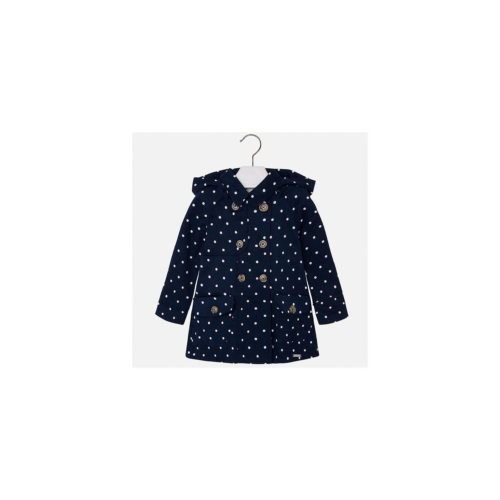 Плащ для девочки MayoralВерхняя одежда<br>Характеристики товара:<br><br>• цвет: темно-синий<br>• состав: 100% хлопок<br>• застежка: пуговицы<br>• карманы<br>• с длинными рукавами <br>• капюшон<br>• классический силуэт<br>• пуговицы в два ряда<br>• страна бренда: Испания<br><br>Легкий удобный плащ для девочки поможет разнообразить гардероб ребенка и обеспечить тепло в прохладную погоду. Он отлично сочетается и с юбками, и с брюками. Красивый цвет позволяет подобрать к вещи обувь различных расцветок. Интересная отделка модели делает её нарядной и стильной. <br><br>Одежда, обувь и аксессуары от испанского бренда Mayoral полюбились детям и взрослым по всему миру. Модели этой марки - стильные и удобные. Для их производства используются только безопасные, качественные материалы и фурнитура. Порадуйте ребенка модными и красивыми вещами от Mayoral! <br><br>Плащ для девочки от испанского бренда Mayoral (Майорал) можно купить в нашем интернет-магазине.<br><br>Ширина мм: 356<br>Глубина мм: 10<br>Высота мм: 245<br>Вес г: 519<br>Цвет: белый<br>Возраст от месяцев: 18<br>Возраст до месяцев: 24<br>Пол: Женский<br>Возраст: Детский<br>Размер: 92,104,110,116,122,128,134,98<br>SKU: 5290278