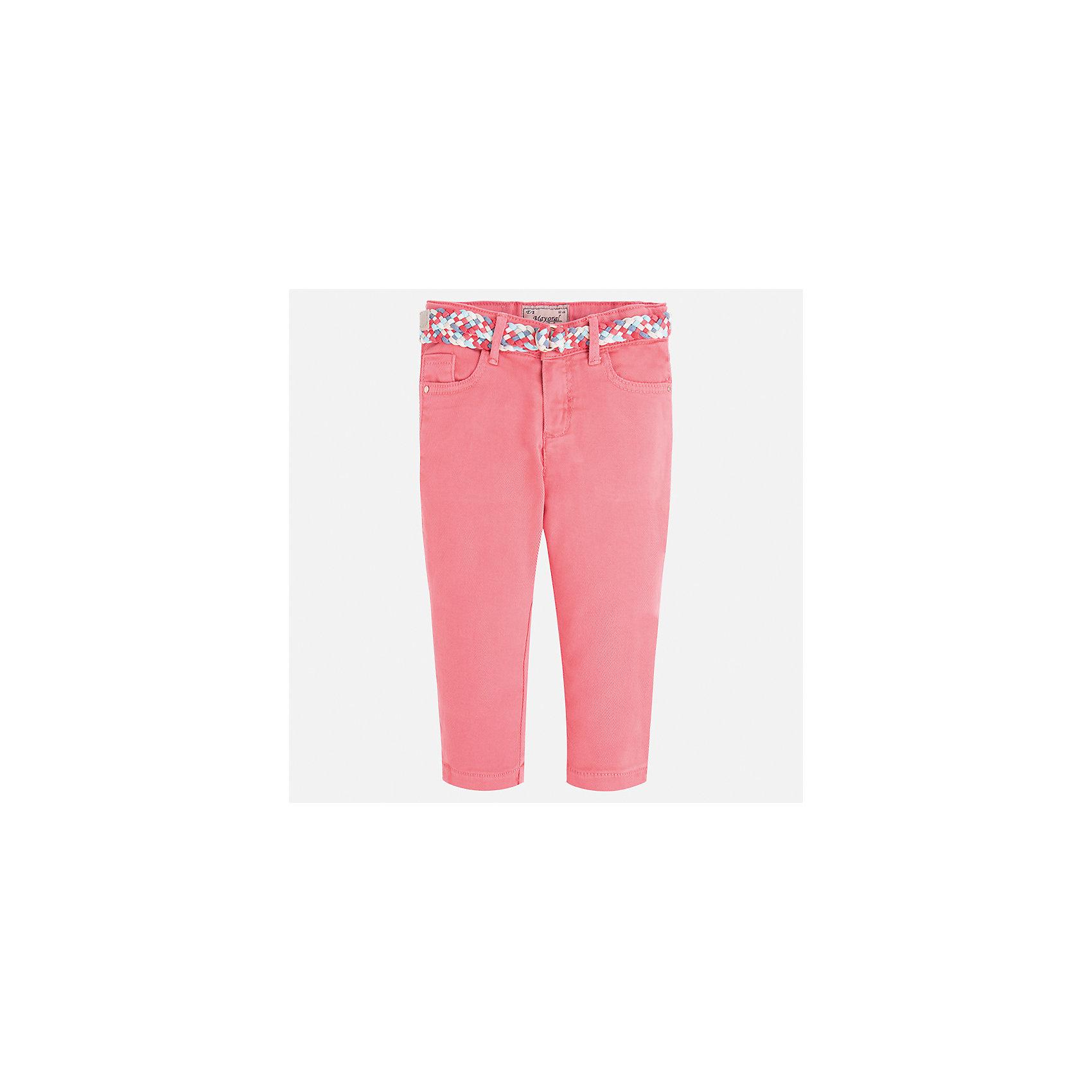 Брюки для девочки MayoralБрюки<br>Характеристики товара:<br><br>• цвет: розовый<br>• состав: 98% хлопок, 2% эластан<br>• шлевки<br>• карманы<br>• пояс с регулировкой объема<br>• яркий оттенок<br>• страна бренда: Испания<br><br>Модные легкие брюки для девочки смогут разнообразить гардероб ребенка и украсить наряд. Они отлично сочетаются с майками, футболками, блузками. Красивый оттенок позволяет подобрать к вещи верх разных расцветок. Интересный крой модели делает её нарядной и оригинальной. В составе материала - натуральный хлопок, гипоаллергенный, приятный на ощупь, дышащий.<br><br>Одежда, обувь и аксессуары от испанского бренда Mayoral полюбились детям и взрослым по всему миру. Модели этой марки - стильные и удобные. Для их производства используются только безопасные, качественные материалы и фурнитура. Порадуйте ребенка модными и красивыми вещами от Mayoral! <br><br>Брюки для девочки от испанского бренда Mayoral (Майорал) можно купить в нашем интернет-магазине.<br><br>Ширина мм: 215<br>Глубина мм: 88<br>Высота мм: 191<br>Вес г: 336<br>Цвет: розовый<br>Возраст от месяцев: 18<br>Возраст до месяцев: 24<br>Пол: Женский<br>Возраст: Детский<br>Размер: 92,134,128,122,116,110,104,98<br>SKU: 5290314