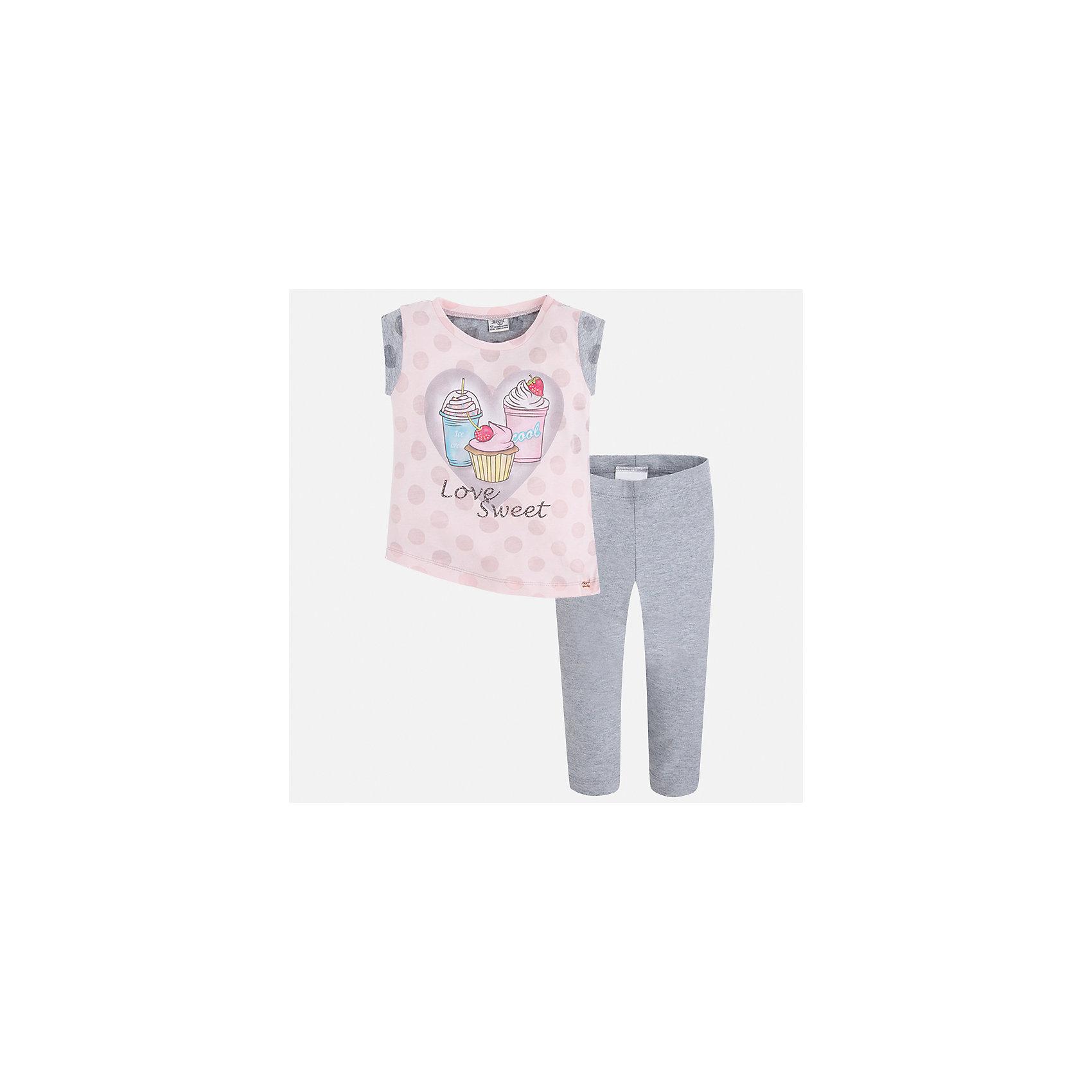 Комплект: футболка и бриджи для девочки MayoralХарактеристики товара:<br><br>• цвет: серый/розовый<br>• состав: 55% хлопок, 45% полиэстер<br>• комплектация: футболка, бриджи<br>• футболка декорирована принтом<br>• бриджи в клетку<br>• пояс на резинке<br>• страна бренда: Испания<br><br>Красивый качественный комплект для девочки поможет разнообразить гардероб ребенка и удобно одеться в теплую погоду. Он отлично сочетается с другими предметами. Универсальный цвет позволяет подобрать к вещам верхнюю одежду практически любой расцветки. Интересная отделка модели делает её нарядной и оригинальной. В составе материала - натуральный хлопок, гипоаллергенный, приятный на ощупь, дышащий.<br><br>Одежда, обувь и аксессуары от испанского бренда Mayoral полюбились детям и взрослым по всему миру. Модели этой марки - стильные и удобные. Для их производства используются только безопасные, качественные материалы и фурнитура. Порадуйте ребенка модными и красивыми вещами от Mayoral! <br><br>Комплект для девочки от испанского бренда Mayoral (Майорал) можно купить в нашем интернет-магазине.<br><br>Ширина мм: 191<br>Глубина мм: 10<br>Высота мм: 175<br>Вес г: 273<br>Цвет: серый<br>Возраст от месяцев: 24<br>Возраст до месяцев: 36<br>Пол: Женский<br>Возраст: Детский<br>Размер: 98,104,110,116,122,128,134,92<br>SKU: 5290389