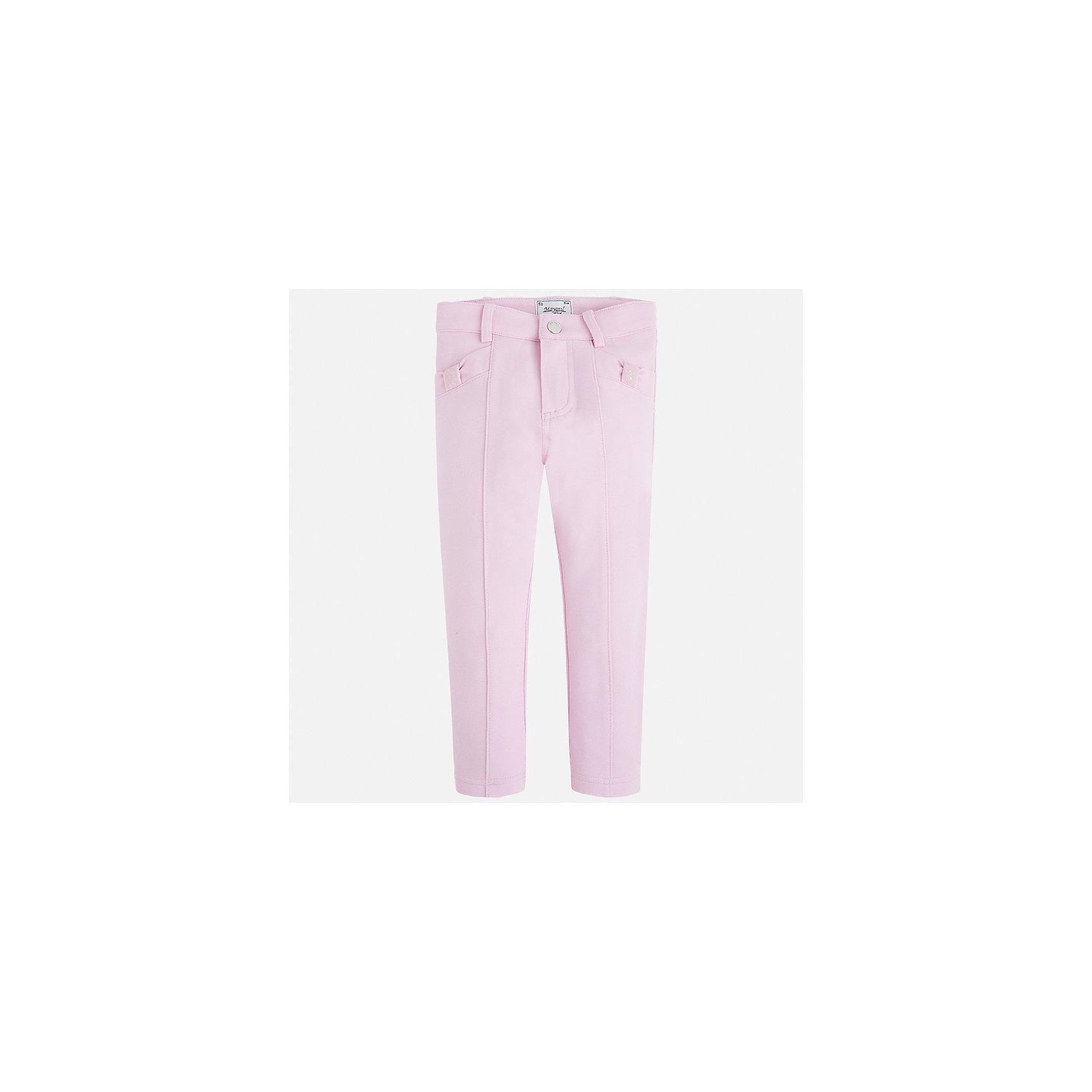 Брюки для девочки MayoralБрюки<br>Характеристики товара:<br><br>• цвет: розовый<br>• состав: 65% вискоза, 30% полиамид, 5% эластан<br>• шлевки<br>• эластичный материал<br>• стрелки<br>• декоративная отделка карманов<br>• страна бренда: Испания<br><br>Модные леггинсы для девочки смогут разнообразить гардероб ребенка и украсить наряд. Они отлично сочетаются с майками, футболками, блузками. Красивый оттенок позволяет подобрать к вещи верх разных расцветок. В составе материала - натуральный хлопок, гипоаллергенный, приятный на ощупь, дышащий. Леггинсы отлично сидят и не стесняют движения.<br><br>Одежда, обувь и аксессуары от испанского бренда Mayoral полюбились детям и взрослым по всему миру. Модели этой марки - стильные и удобные. Для их производства используются только безопасные, качественные материалы и фурнитура. Порадуйте ребенка модными и красивыми вещами от Mayoral! <br><br>Леггинсы для девочки от испанского бренда Mayoral (Майорал) можно купить в нашем интернет-магазине.<br><br>Ширина мм: 123<br>Глубина мм: 10<br>Высота мм: 149<br>Вес г: 209<br>Цвет: фиолетовый<br>Возраст от месяцев: 96<br>Возраст до месяцев: 108<br>Пол: Женский<br>Возраст: Детский<br>Размер: 134,92,98,104,110,116,122,128<br>SKU: 5290514