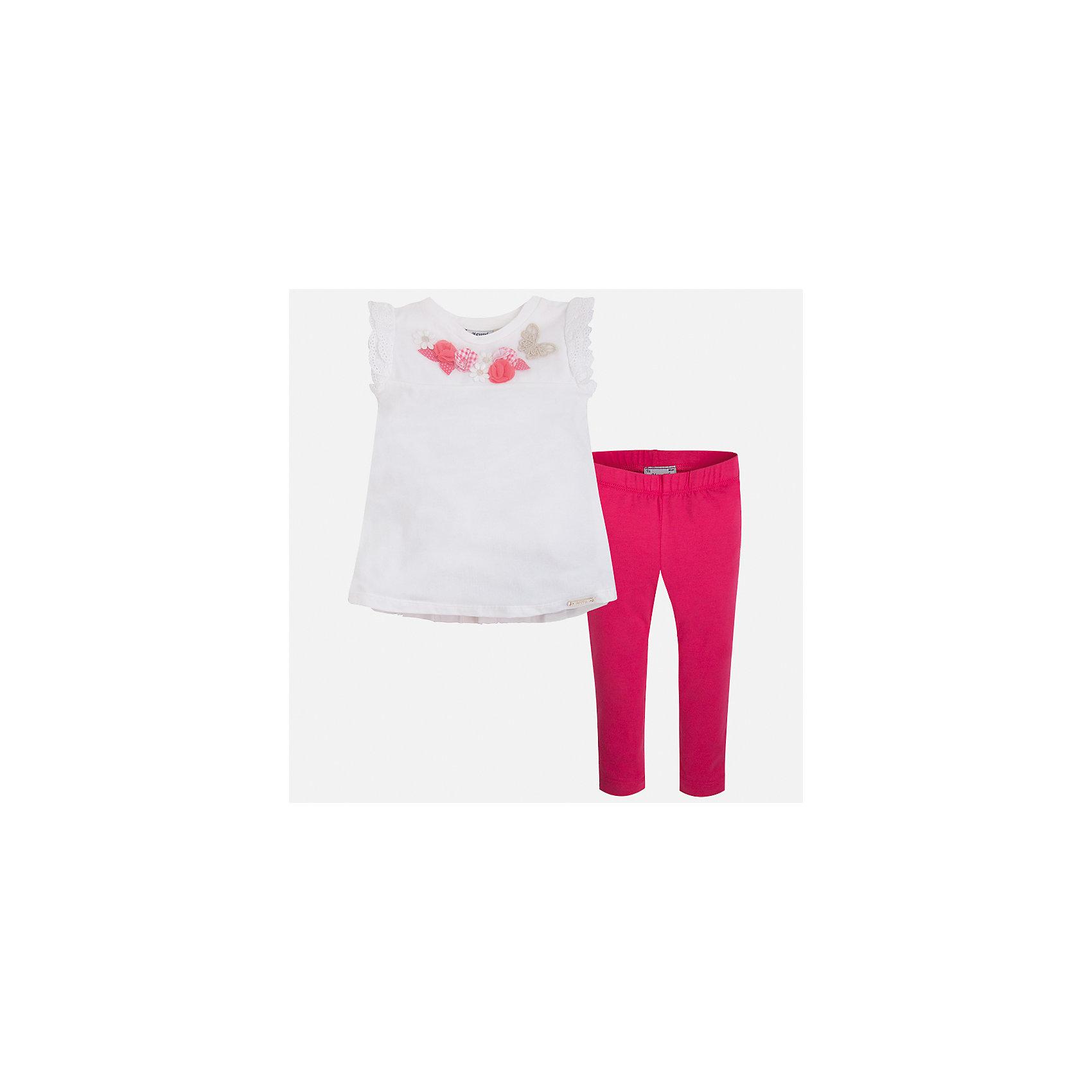 Комплект: футболка и леггинсы для девочки MayoralКомплекты<br>Характеристики товара:<br><br>• цвет: белый/розовый<br>• состав: 95% хлопок, 5% эластан<br>• комплектация: футболка, леггинсы<br>• футболка декорирована принтом и оборками<br>• леггинсы однотонные<br>• пояс на резинке<br>• страна бренда: Испания<br><br>Красивый качественный комплект для девочки поможет разнообразить гардероб ребенка и удобно одеться в теплую погоду. Он отлично сочетается с другими предметами. Универсальный цвет позволяет подобрать к вещам верхнюю одежду практически любой расцветки. Интересная отделка модели делает её нарядной и оригинальной. В составе материала - натуральный хлопок, гипоаллергенный, приятный на ощупь, дышащий.<br><br>Одежда, обувь и аксессуары от испанского бренда Mayoral полюбились детям и взрослым по всему миру. Модели этой марки - стильные и удобные. Для их производства используются только безопасные, качественные материалы и фурнитура. Порадуйте ребенка модными и красивыми вещами от Mayoral! <br><br>Комплект для девочки от испанского бренда Mayoral (Майорал) можно купить в нашем интернет-магазине.<br><br>Ширина мм: 123<br>Глубина мм: 10<br>Высота мм: 149<br>Вес г: 209<br>Цвет: красный<br>Возраст от месяцев: 18<br>Возраст до месяцев: 24<br>Пол: Женский<br>Возраст: Детский<br>Размер: 92,134,128,122,116,110,104,98<br>SKU: 5290568