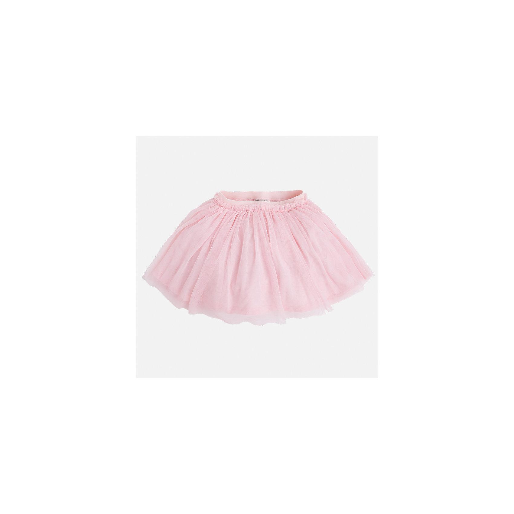 Юбка для девочки MayoralОдежда<br>Характеристики товара:<br><br>• цвет: розовый<br>• состав: 100% полиэстер, подкладка - 100% хлопок<br>• пояс на резинке<br>• легкий материал<br>• с подкладкой<br>• объемная<br>• страна бренда: Испания<br><br>Легкая юбка для девочки поможет разнообразить гардероб ребенка и создать эффектный наряд. Она отлично сочетаются с майками, футболками, блузками. Красивый оттенок позволяет подобрать к вещи верх разных расцветок. В составе материала подкладки - натуральный хлопок, гипоаллергенный, приятный на ощупь, дышащий. Юбка отлично сидит и не стесняет движения.<br><br>Одежда, обувь и аксессуары от испанского бренда Mayoral полюбились детям и взрослым по всему миру. Модели этой марки - стильные и удобные. Для их производства используются только безопасные, качественные материалы и фурнитура. Порадуйте ребенка модными и красивыми вещами от Mayoral! <br><br>Юбку для девочки от испанского бренда Mayoral (Майорал) можно купить в нашем интернет-магазине.<br><br>Ширина мм: 207<br>Глубина мм: 10<br>Высота мм: 189<br>Вес г: 183<br>Цвет: розовый<br>Возраст от месяцев: 96<br>Возраст до месяцев: 108<br>Пол: Женский<br>Возраст: Детский<br>Размер: 134,104,92,98,110,116,122,128<br>SKU: 5290912