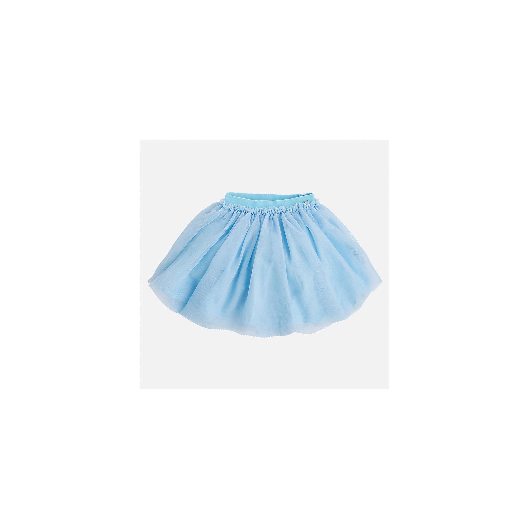 Юбка для девочки MayoralЮбки<br>Характеристики товара:<br><br>• цвет: голубой<br>• состав: 100% полиэстер, подкладка - 100% хлопок<br>• пояс на резинке<br>• легкий материал<br>• с подкладкой<br>• объемная<br>• страна бренда: Испания<br><br>Легкая юбка для девочки поможет разнообразить гардероб ребенка и создать эффектный наряд. Она отлично сочетаются с майками, футболками, блузками. Красивый оттенок позволяет подобрать к вещи верх разных расцветок. В составе материала подкладки - натуральный хлопок, гипоаллергенный, приятный на ощупь, дышащий. Юбка отлично сидит и не стесняет движения.<br><br>Одежда, обувь и аксессуары от испанского бренда Mayoral полюбились детям и взрослым по всему миру. Модели этой марки - стильные и удобные. Для их производства используются только безопасные, качественные материалы и фурнитура. Порадуйте ребенка модными и красивыми вещами от Mayoral! <br><br>Юбку для девочки от испанского бренда Mayoral (Майорал) можно купить в нашем интернет-магазине.<br><br>Ширина мм: 207<br>Глубина мм: 10<br>Высота мм: 189<br>Вес г: 183<br>Цвет: зеленый<br>Возраст от месяцев: 96<br>Возраст до месяцев: 108<br>Пол: Женский<br>Возраст: Детский<br>Размер: 134,92,98,104,110,116,122,128<br>SKU: 5290921