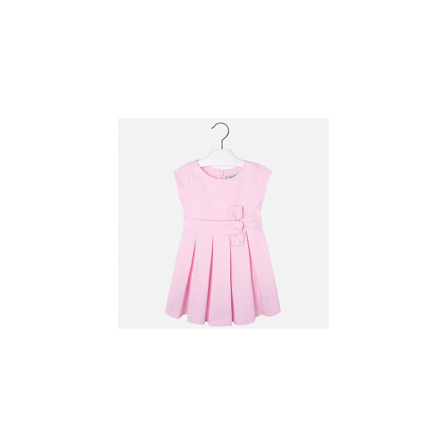 Платье для девочки MayoralОдежда<br>Характеристики товара:<br><br>• цвет: розовый<br>• состав: 38% полиэстер, 62% хлопок, подкладка - 65% полиэстер, 35% хлопок<br>• застежка: молния<br>• складки<br>• украшено бантом на поясе<br>• без рукавов<br>• с подкладкой<br>• страна бренда: Испания<br><br>Красивое легкое платье для девочки поможет разнообразить гардероб ребенка и создать эффектный наряд. Оно подойдет и для торжественных случаев, может быть и как ежедневный наряд. Красивый оттенок позволяет подобрать к вещи обувь разных расцветок. В составе материала - натуральный хлопок, гипоаллергенный, приятный на ощупь, дышащий. Платье хорошо сидит по фигуре.<br><br>Одежда, обувь и аксессуары от испанского бренда Mayoral полюбились детям и взрослым по всему миру. Модели этой марки - стильные и удобные. Для их производства используются только безопасные, качественные материалы и фурнитура. Порадуйте ребенка модными и красивыми вещами от Mayoral! <br><br>Платье для девочки от испанского бренда Mayoral (Майорал) можно купить в нашем интернет-магазине.<br><br>Ширина мм: 236<br>Глубина мм: 16<br>Высота мм: 184<br>Вес г: 177<br>Цвет: фиолетовый<br>Возраст от месяцев: 96<br>Возраст до месяцев: 108<br>Пол: Женский<br>Возраст: Детский<br>Размер: 134,92,98,104,110,116,122,128<br>SKU: 5290982