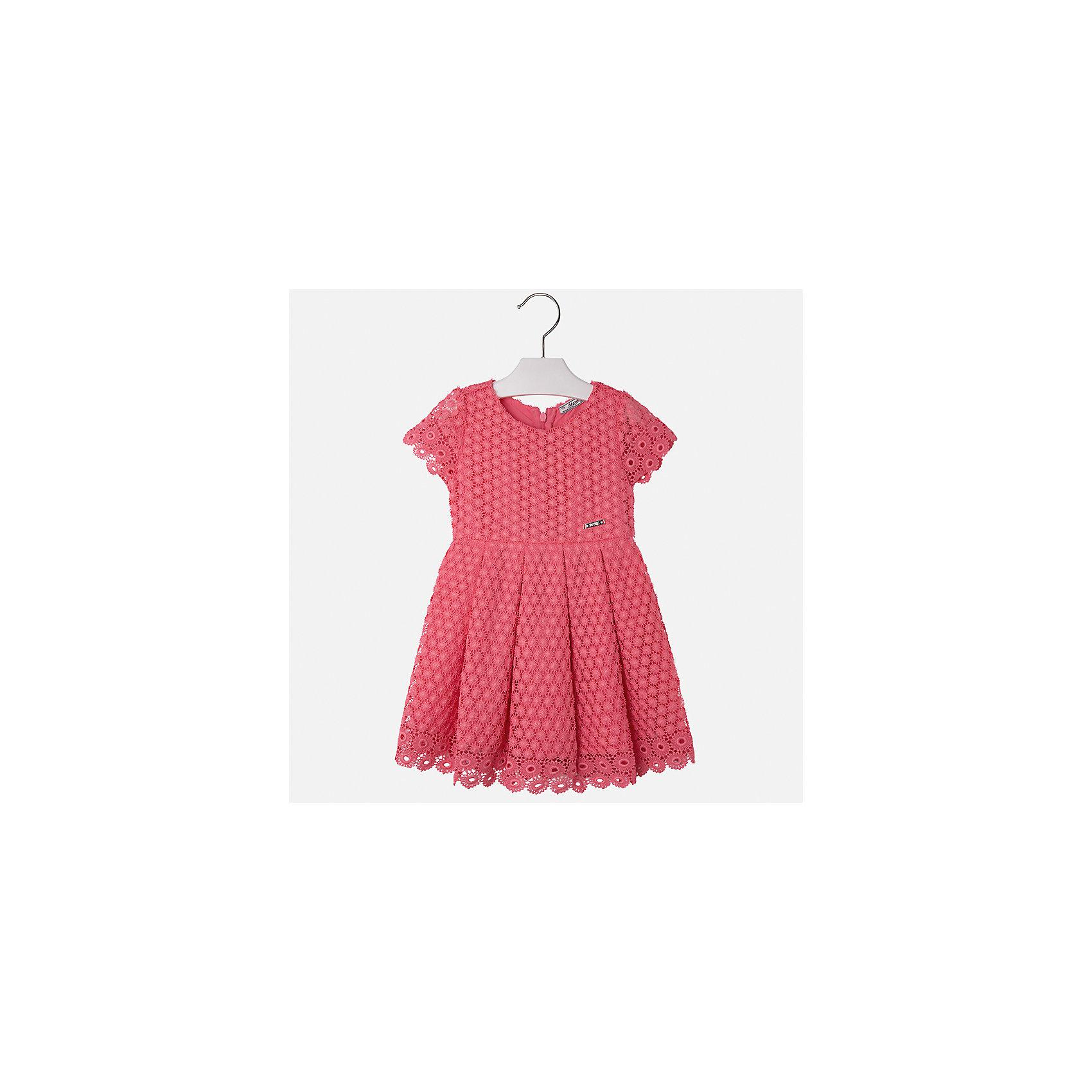 Платье для девочки MayoralОдежда<br>Характеристики товара:<br><br>• цвет: оранжевый<br>• состав: 100% полиэстер, подкладка - 80% полиэстер, 20% хлопок<br>• застежка: молния<br>• легкий материал<br>• ажурная ткань верха<br>• короткие рукава<br>• с подкладкой<br>• страна бренда: Испания<br><br>Красивое легкое платье для девочки поможет разнообразить гардероб ребенка и создать эффектный наряд. Оно подойдет и для торжественных случаев, может быть и как ежедневный наряд. Красивый оттенок позволяет подобрать к вещи обувь разных расцветок. В составе материала подкладки - натуральный хлопок, гипоаллергенный, приятный на ощупь, дышащий. Платье хорошо сидит по фигуре.<br><br>Одежда, обувь и аксессуары от испанского бренда Mayoral полюбились детям и взрослым по всему миру. Модели этой марки - стильные и удобные. Для их производства используются только безопасные, качественные материалы и фурнитура. Порадуйте ребенка модными и красивыми вещами от Mayoral! <br><br>Платье для девочки от испанского бренда Mayoral (Майорал) можно купить в нашем интернет-магазине.<br><br>Ширина мм: 236<br>Глубина мм: 16<br>Высота мм: 184<br>Вес г: 177<br>Цвет: оранжевый<br>Возраст от месяцев: 24<br>Возраст до месяцев: 36<br>Пол: Женский<br>Возраст: Детский<br>Размер: 134,104,110,116,122,128,98<br>SKU: 5291068