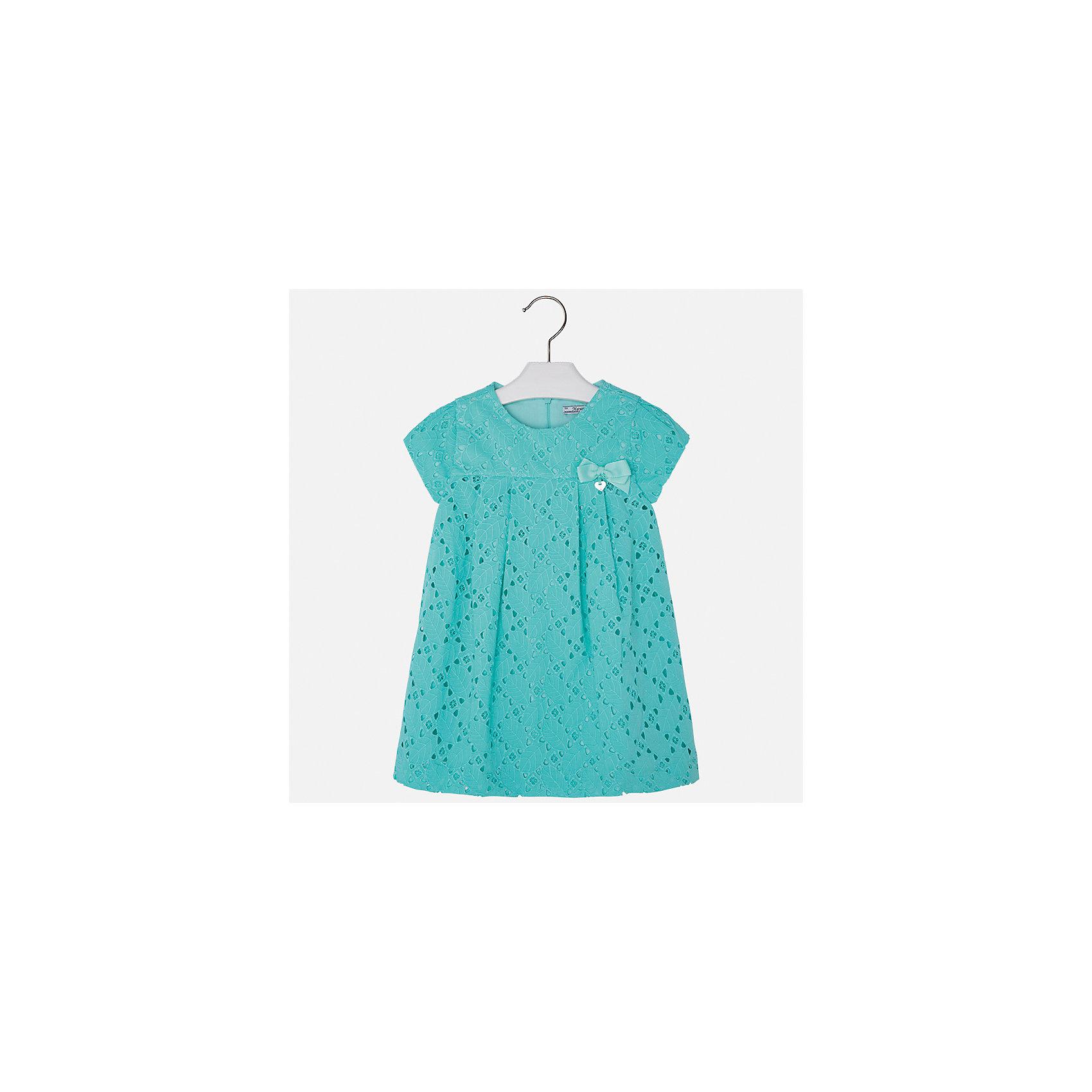 Платье для девочки MayoralОдежда<br>Характеристики товара:<br><br>• цвет: зеленый<br>• состав: 100% хлопок, подкладка - 65% полиэстер, 35% хлопок<br>• застежка: молния<br>• ажурная ткань верха<br>• завышенная талия<br>• короткие рукава<br>• с подкладкой<br>• страна бренда: Испания<br><br>Нарядное платье для девочки поможет разнообразить гардероб ребенка и создать эффектный наряд. Оно отлично подойдет для торжественных случаев. Красивый оттенок позволяет подобрать к вещи обувь разных расцветок. В составе материала подкладки - натуральный хлопок, гипоаллергенный, приятный на ощупь, дышащий. Платье хорошо сидит по фигуре.<br><br>Одежда, обувь и аксессуары от испанского бренда Mayoral полюбились детям и взрослым по всему миру. Модели этой марки - стильные и удобные. Для их производства используются только безопасные, качественные материалы и фурнитура. Порадуйте ребенка модными и красивыми вещами от Mayoral! <br><br>Платье для девочки от испанского бренда Mayoral (Майорал) можно купить в нашем интернет-магазине.<br><br>Ширина мм: 236<br>Глубина мм: 16<br>Высота мм: 184<br>Вес г: 177<br>Цвет: синий<br>Возраст от месяцев: 96<br>Возраст до месяцев: 108<br>Пол: Женский<br>Возраст: Детский<br>Размер: 134,92,98,104,110,116,122,128<br>SKU: 5291108