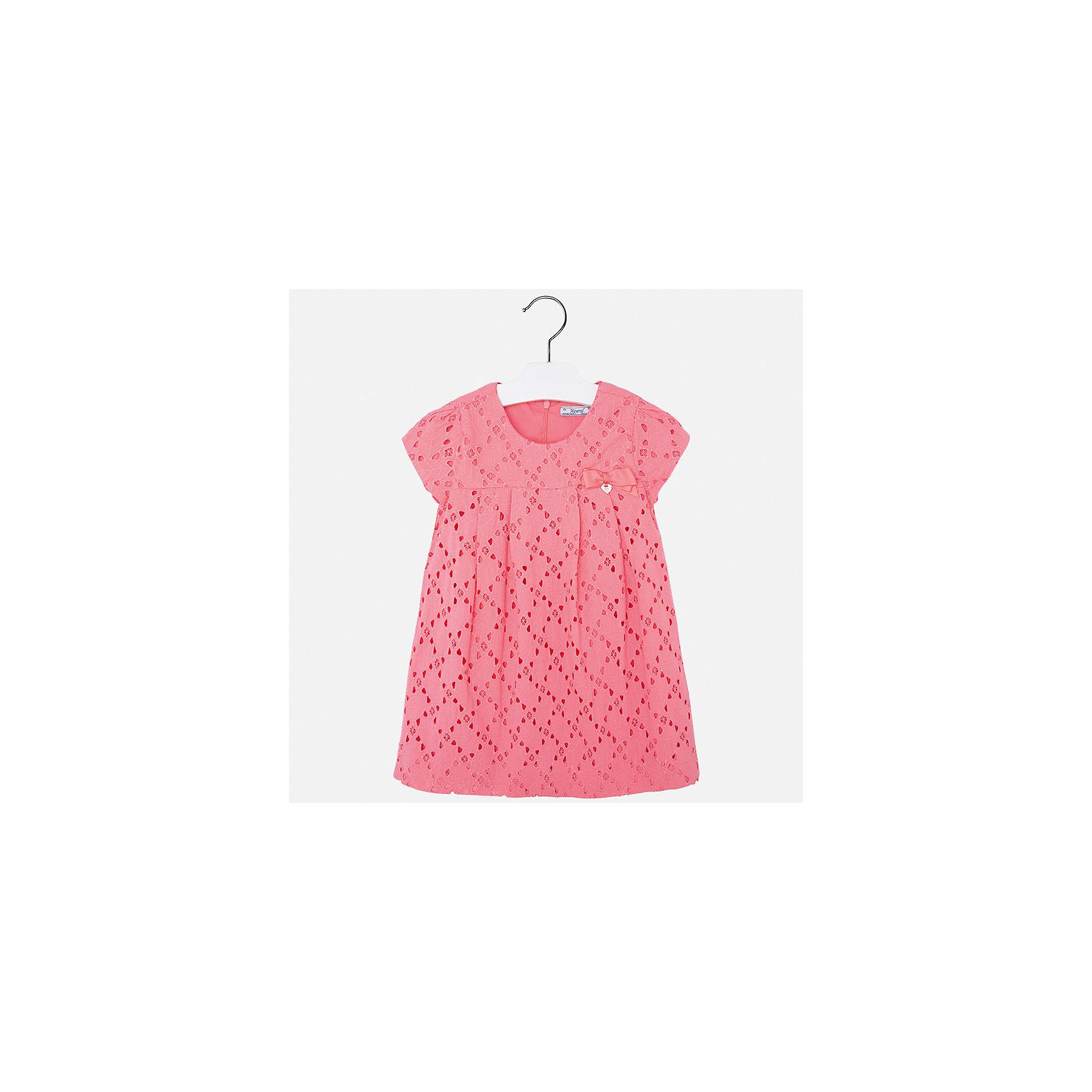 Платье для девочки MayoralОдежда<br>Характеристики товара:<br><br>• цвет: оранжевый<br>• состав: 100% хлопок, подкладка - 65% полиэстер, 35% хлопок<br>• застежка: молния<br>• ажурная ткань верха<br>• завышенная талия<br>• короткие рукава<br>• с подкладкой<br>• страна бренда: Испания<br><br>Нарядное платье для девочки поможет разнообразить гардероб ребенка и создать эффектный наряд. Оно отлично подойдет для торжественных случаев. Красивый оттенок позволяет подобрать к вещи обувь разных расцветок. В составе материала подкладки - натуральный хлопок, гипоаллергенный, приятный на ощупь, дышащий. Платье хорошо сидит по фигуре.<br><br>Одежда, обувь и аксессуары от испанского бренда Mayoral полюбились детям и взрослым по всему миру. Модели этой марки - стильные и удобные. Для их производства используются только безопасные, качественные материалы и фурнитура. Порадуйте ребенка модными и красивыми вещами от Mayoral! <br><br>Платье для девочки от испанского бренда Mayoral (Майорал) можно купить в нашем интернет-магазине.<br><br>Ширина мм: 236<br>Глубина мм: 16<br>Высота мм: 184<br>Вес г: 177<br>Цвет: розовый<br>Возраст от месяцев: 96<br>Возраст до месяцев: 108<br>Пол: Женский<br>Возраст: Детский<br>Размер: 134,92,98,104,110,116,122,128<br>SKU: 5291117