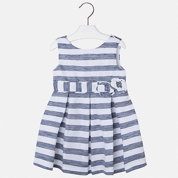 Платье для девочки MayoralПлатья и сарафаны<br>Характеристики товара:<br><br>• цвет: синий/белый<br>• состав: 53% полиэстер, 47% лен, подкладка - 65% полиэстер, 35% хлопок<br>• застежка: молния<br>• украшено цветами<br>• без рукавов<br>• с подкладкой<br>• страна бренда: Испания<br><br>Нарядное платье для девочки поможет разнообразить гардероб ребенка и создать эффектный наряд. Оно отлично подойдет для торжественных случаев или на каждый день. Красивый оттенок позволяет подобрать к вещи обувь разных расцветок. В составе материала подкладки - натуральный хлопок, гипоаллергенный, приятный на ощупь, дышащий. Платье хорошо сидит по фигуре.<br><br>Одежда, обувь и аксессуары от испанского бренда Mayoral полюбились детям и взрослым по всему миру. Модели этой марки - стильные и удобные. Для их производства используются только безопасные, качественные материалы и фурнитура. Порадуйте ребенка модными и красивыми вещами от Mayoral! <br><br>Платье для девочки от испанского бренда Mayoral (Майорал) можно купить в нашем интернет-магазине.<br><br>Ширина мм: 236<br>Глубина мм: 16<br>Высота мм: 184<br>Вес г: 177<br>Цвет: синий<br>Возраст от месяцев: 18<br>Возраст до месяцев: 24<br>Пол: Женский<br>Возраст: Детский<br>Размер: 92,134,128,122,116,110,104,98<br>SKU: 5291373