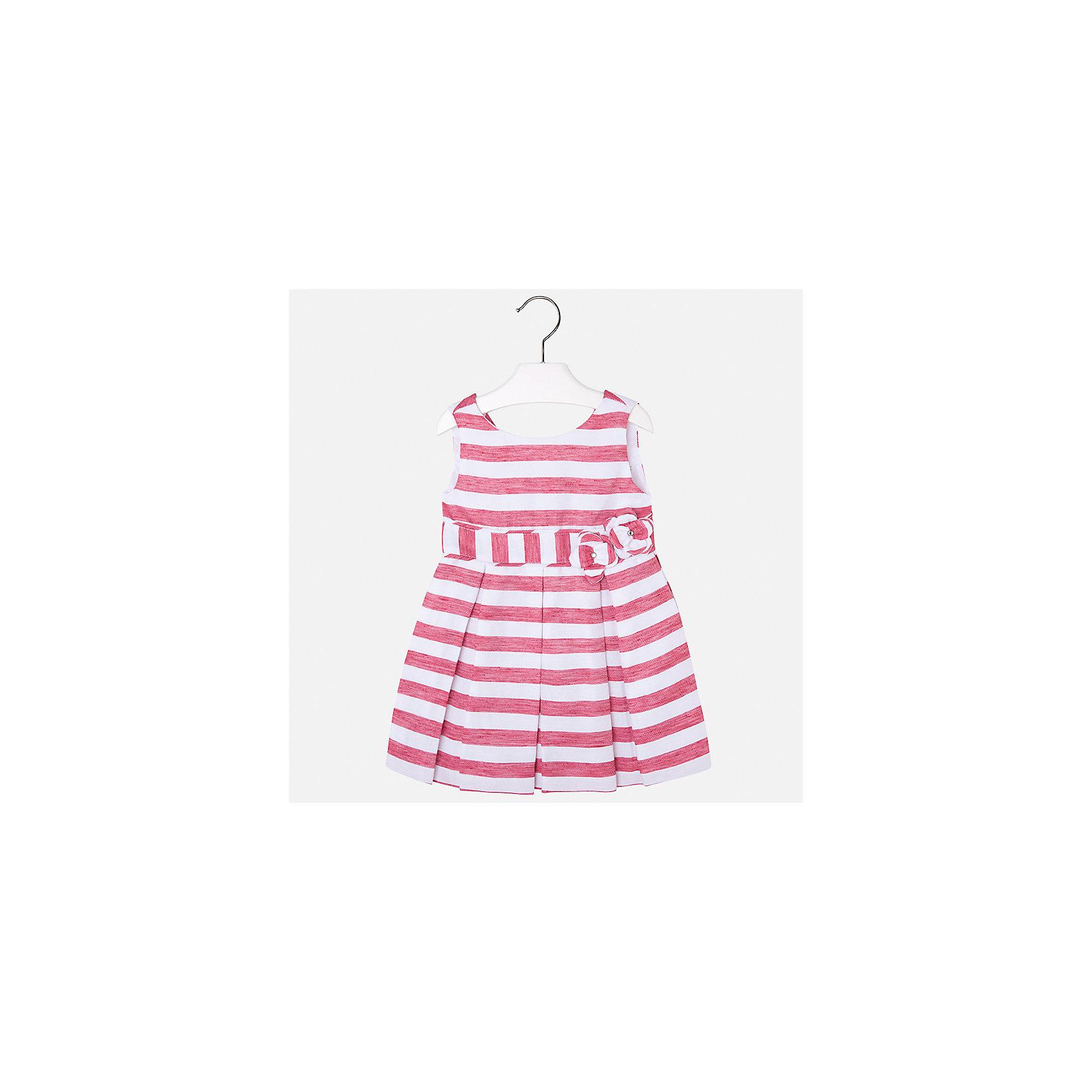 Платье для девочки MayoralХарактеристики товара:<br><br>• цвет: красный/белый<br>• состав: 53% полиэстер, 47% лен, подкладка - 65% полиэстер, 35% хлопок<br>• застежка: молния<br>• украшено цветами<br>• без рукавов<br>• с подкладкой<br>• страна бренда: Испания<br><br>Нарядное платье для девочки поможет разнообразить гардероб ребенка и создать эффектный наряд. Оно отлично подойдет для торжественных случаев или на каждый день. Красивый оттенок позволяет подобрать к вещи обувь разных расцветок. В составе материала подкладки - натуральный хлопок, гипоаллергенный, приятный на ощупь, дышащий. Платье хорошо сидит по фигуре.<br><br>Одежда, обувь и аксессуары от испанского бренда Mayoral полюбились детям и взрослым по всему миру. Модели этой марки - стильные и удобные. Для их производства используются только безопасные, качественные материалы и фурнитура. Порадуйте ребенка модными и красивыми вещами от Mayoral! <br><br>Платье для девочки от испанского бренда Mayoral (Майорал) можно купить в нашем интернет-магазине<br><br>Ширина мм: 236<br>Глубина мм: 16<br>Высота мм: 184<br>Вес г: 177<br>Цвет: красный<br>Возраст от месяцев: 96<br>Возраст до месяцев: 108<br>Пол: Женский<br>Возраст: Детский<br>Размер: 134,92,98,104,110,116,122,128<br>SKU: 5291382