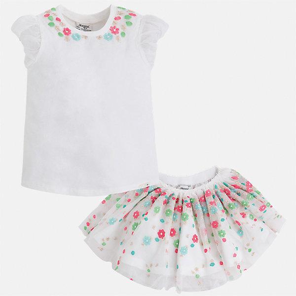 Комплект: топ и юбка для девочки MayoralКомплекты<br>Характеристики товара:<br><br>• цвет: белый<br>• состав: 57% хлопок, 38% полиэстер, 5% эластан<br>• комплектация: юбка, топ<br>• топ декорирован вышивкой<br>• юбка декорирована принтом<br>• пояс на резинке<br>• страна бренда: Испания<br><br>Стильный качественный комплект для девочки поможет разнообразить гардероб ребенка и красиво одеться в теплую погоду. Он отлично сочетается с другими предметами. Универсальный цвет позволяет подобрать к вещам обувь практически любой расцветки. Интересная отделка модели делает её нарядной и оригинальной. В составе материала - натуральный хлопок, гипоаллергенный, приятный на ощупь, дышащий.<br><br>Одежда, обувь и аксессуары от испанского бренда Mayoral полюбились детям и взрослым по всему миру. Модели этой марки - стильные и удобные. Для их производства используются только безопасные, качественные материалы и фурнитура. Порадуйте ребенка модными и красивыми вещами от Mayoral! <br><br>Комплект для девочки от испанского бренда Mayoral (Майорал) можно купить в нашем интернет-магазине.<br>Ширина мм: 207; Глубина мм: 10; Высота мм: 189; Вес г: 183; Цвет: синий; Возраст от месяцев: 48; Возраст до месяцев: 60; Пол: Женский; Возраст: Детский; Размер: 110,122,116,104,98,134,128; SKU: 5291423;