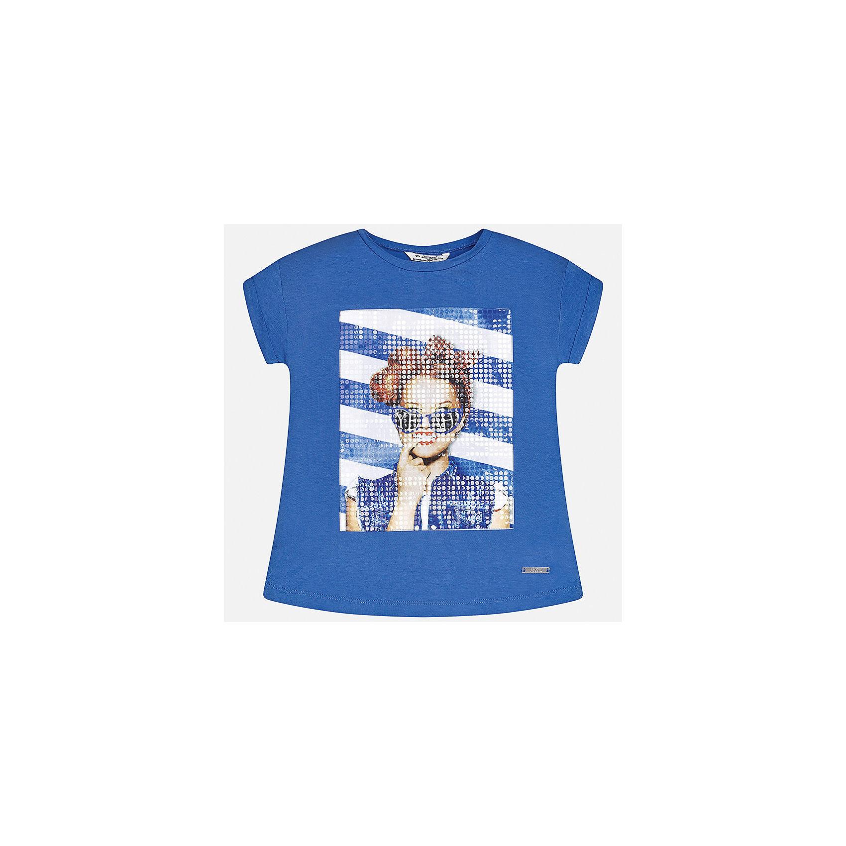 Футболка для девочки MayoralХарактеристики товара:<br><br>• цвет: синий<br>• состав: 95% вискоза, 5% эластан<br>• декорирована принтом<br>• короткие рукава<br>• округлый горловой вырез<br>• страна бренда: Испания<br><br>Стильная качественная футболка для девочки поможет разнообразить гардероб ребенка и украсить наряд. Она отлично сочетается и с юбками, и с шортами, и с брюками. Интересная отделка модели делает её нарядной и оригинальной. <br><br>Футболку для девочки от испанского бренда Mayoral (Майорал) можно купить в нашем интернет-магазине.<br><br>Ширина мм: 199<br>Глубина мм: 10<br>Высота мм: 161<br>Вес г: 151<br>Цвет: синий<br>Возраст от месяцев: 168<br>Возраст до месяцев: 180<br>Пол: Женский<br>Возраст: Детский<br>Размер: 170,128/134,140,152,158,164<br>SKU: 5292512