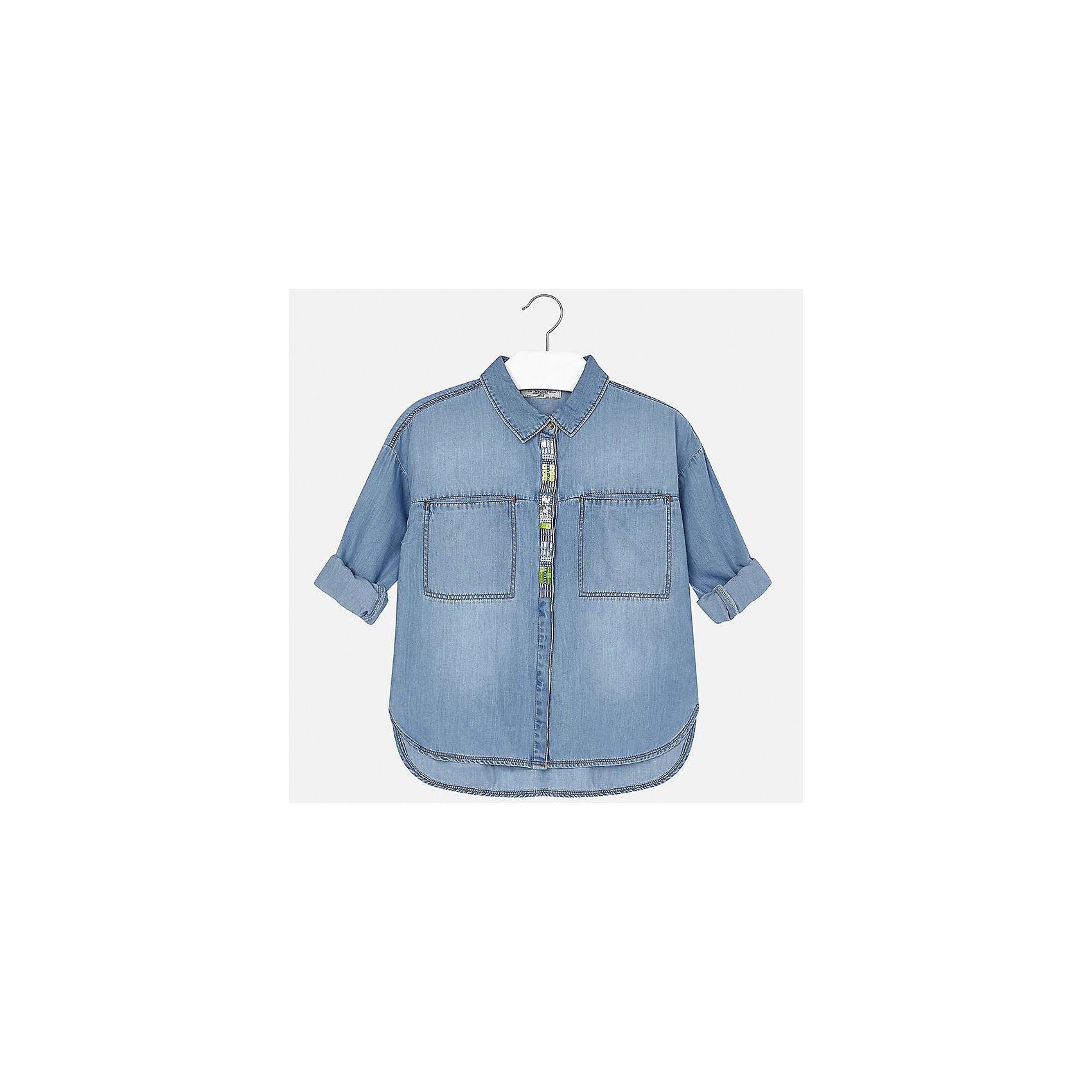 Блузка джинсовая для девочки MayoralДжинсовая одежда<br>Характеристики товара:<br><br>• цвет: голубой<br>• состав: 65% хлопок, 35% лиоцелл<br>• легкий материал<br>• пайетки и бисер на планке<br>• карманы<br>• отложной воротник<br>• рукава с отворотами<br>• страна бренда: Испания<br><br>Модная легкая блузка для девочки поможет разнообразить гардероб ребенка и украсить наряд. Она отлично сочетается и с юбками, и с шортами, и с брюками. Универсальный цвет позволяет подобрать к вещи низ практически любой расцветки. Интересный крой модели делает её нарядной и оригинальной. В составе материала - натуральный хлопок, гипоаллергенный, приятный на ощупь, дышащий.<br><br>Одежда, обувь и аксессуары от испанского бренда Mayoral полюбились детям и взрослым по всему миру. Модели этой марки - стильные и удобные. Для их производства используются только безопасные, качественные материалы и фурнитура. Порадуйте ребенка модными и красивыми вещами от Mayoral! <br><br>Блузку для девочки от испанского бренда Mayoral (Майорал) можно купить в нашем интернет-магазине.<br><br>Ширина мм: 186<br>Глубина мм: 87<br>Высота мм: 198<br>Вес г: 197<br>Цвет: синий<br>Возраст от месяцев: 84<br>Возраст до месяцев: 96<br>Пол: Женский<br>Возраст: Детский<br>Размер: 128/134,170,164,158,152,140<br>SKU: 5292624