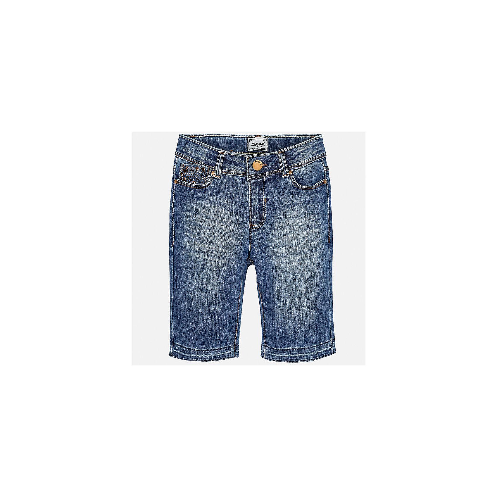 Бриджи джинсовые для девочки MayoralХарактеристики товара:<br><br>• цвет: синий<br>• состав: 92% хлопок, 6% полиэстер, 2% эластан<br>• эффект потертости<br>• карманы<br>• пояс с регулировкой объема<br>• шлевки<br>• страна бренда: Испания<br><br>Стильные легкие бриджи для девочки смогут разнообразить гардероб ребенка и украсить наряд. Они отлично сочетаются с майками, футболками, блузками. Красивый оттенок позволяет подобрать к вещи верх разных расцветок. Интересный крой модели делает её нарядной и оригинальной. В составе материала - натуральный хлопок, гипоаллергенный, приятный на ощупь, дышащий.<br><br>Одежда, обувь и аксессуары от испанского бренда Mayoral полюбились детям и взрослым по всему миру. Модели этой марки - стильные и удобные. Для их производства используются только безопасные, качественные материалы и фурнитура. Порадуйте ребенка модными и красивыми вещами от Mayoral! <br><br>Бриджи для девочки от испанского бренда Mayoral (Майорал) можно купить в нашем интернет-магазине.<br><br>Ширина мм: 215<br>Глубина мм: 88<br>Высота мм: 191<br>Вес г: 336<br>Цвет: синий<br>Возраст от месяцев: 156<br>Возраст до месяцев: 168<br>Пол: Женский<br>Возраст: Детский<br>Размер: 164,170,128/134,140,152,158<br>SKU: 5292659