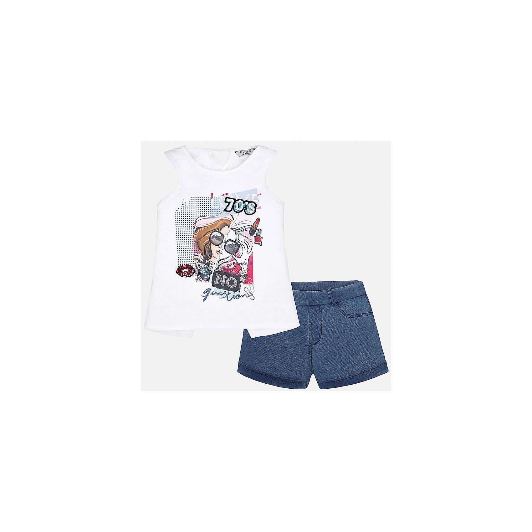 Комплект: топ и шорты для девочки MayoralКомплекты<br>Характеристики товара:<br><br>• цвет: белый/синий<br>• состав: футболка - 98% хлопок, 2% эластан; шорты - 100% хлопок<br>• карманы<br>• пуговица<br>• шлевки<br>• страна бренда: Испания<br><br>Стильные легкие шорты для девочки смогут разнообразить гардероб ребенка и украсить наряд. Они отлично сочетаются с майками, футболками, блузками. Красивый оттенок позволяет подобрать к вещи верх разных расцветок. Интересный крой модели делает её нарядной и оригинальной. В составе материала - натуральный хлопок, гипоаллергенный, приятный на ощупь, дышащий.<br><br>Одежда, обувь и аксессуары от испанского бренда Mayoral полюбились детям и взрослым по всему миру. Модели этой марки - стильные и удобные. Для их производства используются только безопасные, качественные материалы и фурнитура. Порадуйте ребенка модными и красивыми вещами от Mayoral! <br><br>Шорты для девочки от испанского бренда Mayoral (Майорал) можно купить в нашем интернет-магазине.<br><br>Ширина мм: 191<br>Глубина мм: 10<br>Высота мм: 175<br>Вес г: 273<br>Цвет: голубой<br>Возраст от месяцев: 132<br>Возраст до месяцев: 144<br>Пол: Женский<br>Возраст: Детский<br>Размер: 152,164,128/134,140,158<br>SKU: 5292726