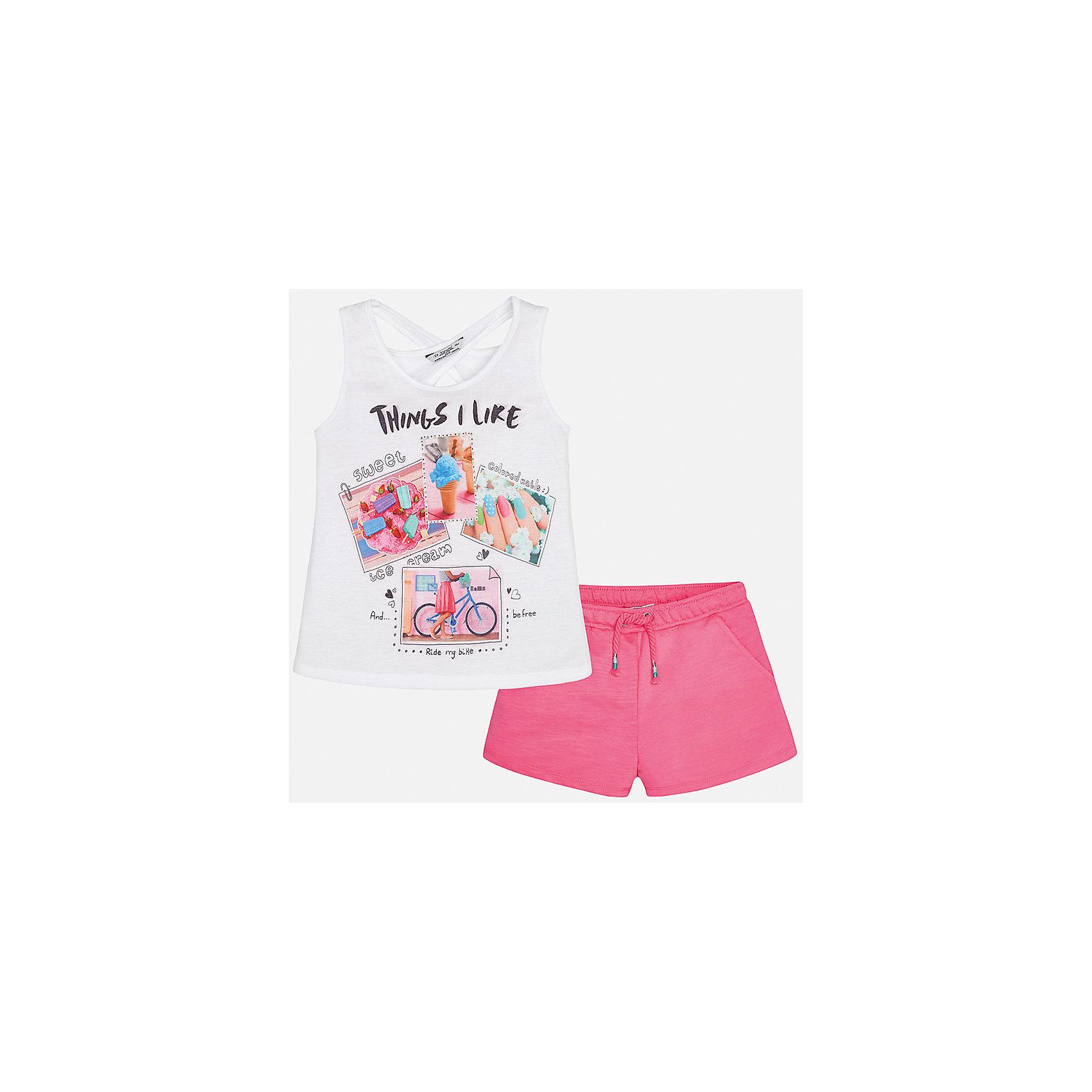 Комплект: футболка с длинным рукавом и шорты для девочки MayoralКомплекты<br>Характеристики товара:<br><br>• цвет: белый/розовый<br>• состав: топ - 100% полиэстер; шорты - 65% полиэстер, 35% хлопок<br>• комплектация: майка, шорты<br>• майка декорирована принтом<br>• шорты с карманами<br>• пояс на резинке<br>• страна бренда: Испания<br><br>Стильный качественный комплект для девочки поможет разнообразить гардероб ребенка и красиво одеться в теплую погоду. Он отлично сочетается с другими предметами. Универсальный цвет позволяет подобрать к вещам обувь практически любой расцветки. Интересная отделка модели делает её нарядной и оригинальной. <br><br>Одежда, обувь и аксессуары от испанского бренда Mayoral полюбились детям и взрослым по всему миру. Модели этой марки - стильные и удобные. Для их производства используются только безопасные, качественные материалы и фурнитура. Порадуйте ребенка модными и красивыми вещами от Mayoral! <br><br>Комплект для девочки от испанского бренда Mayoral (Майорал) можно купить в нашем интернет-магазине.<br><br>Ширина мм: 191<br>Глубина мм: 10<br>Высота мм: 175<br>Вес г: 273<br>Цвет: фиолетовый<br>Возраст от месяцев: 84<br>Возраст до месяцев: 96<br>Пол: Женский<br>Возраст: Детский<br>Размер: 128/134,164,140,152,158<br>SKU: 5292743